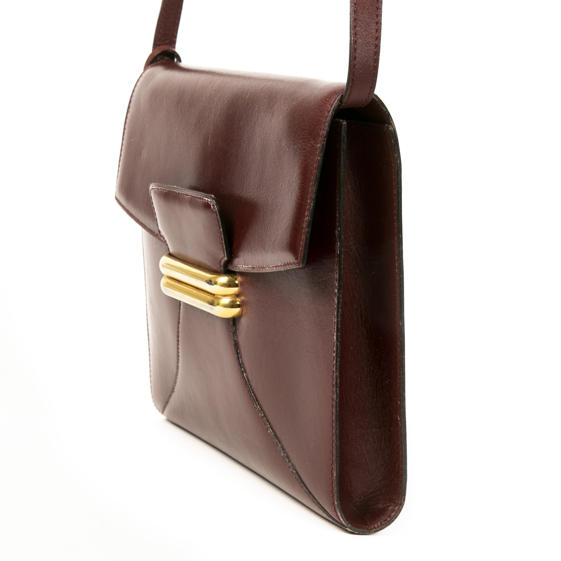 Authentieke tweedehands vintage Delvaux Vintage Burgundy Crossbody Bag shop online webshop LabelLOV