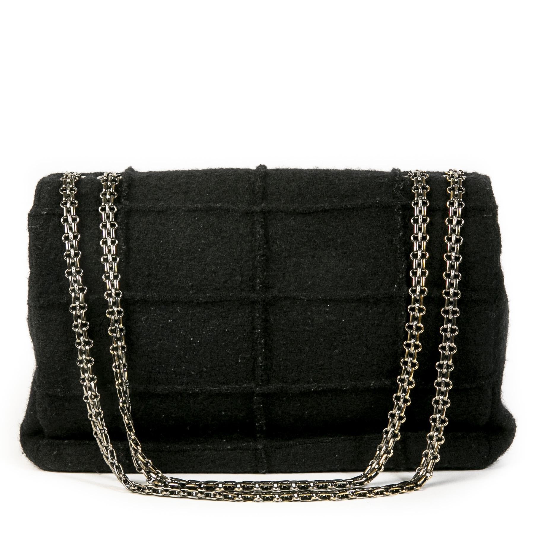 Authentieke Tweedehands Chanel 2.55 Reissue Black Wool Jumbo Flap Bag juiste prijs veilig online shoppen luxe merken webshop winkelen Antwerpen België mode fashion