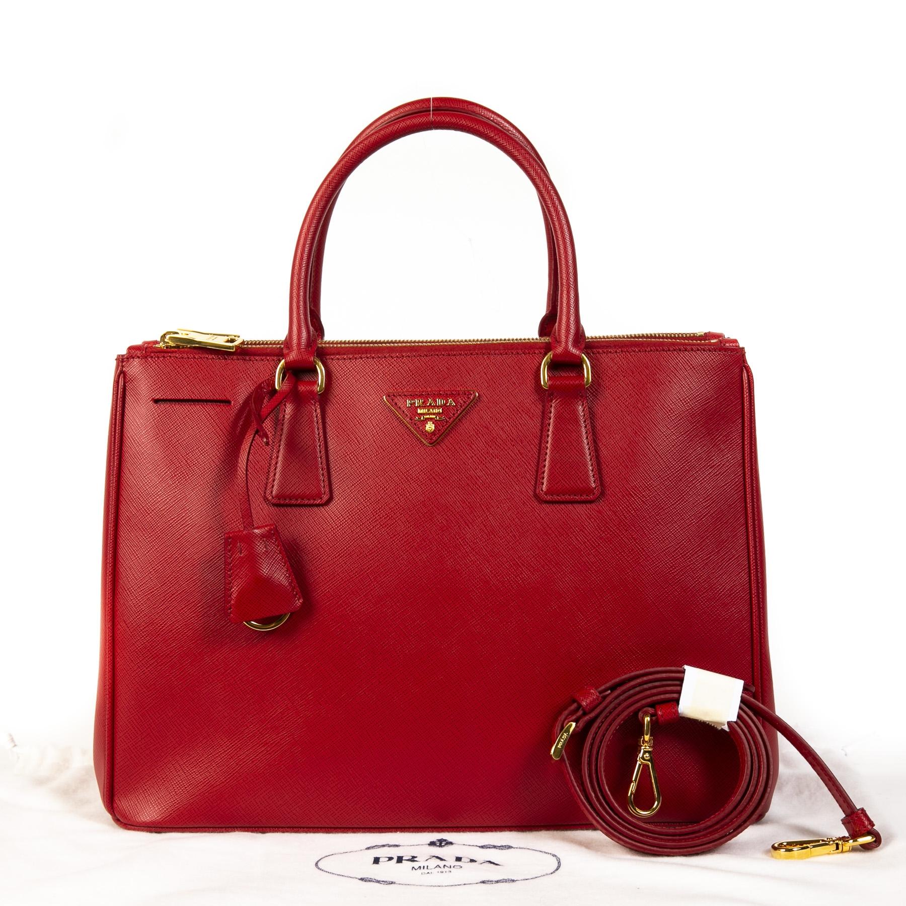 Authentieke Tweedehands Prada Red Leather Top Handle Bag + Strap juiste prijs veilig online shoppen luxe merken webshop winkelen Antwerpen België mode fashion