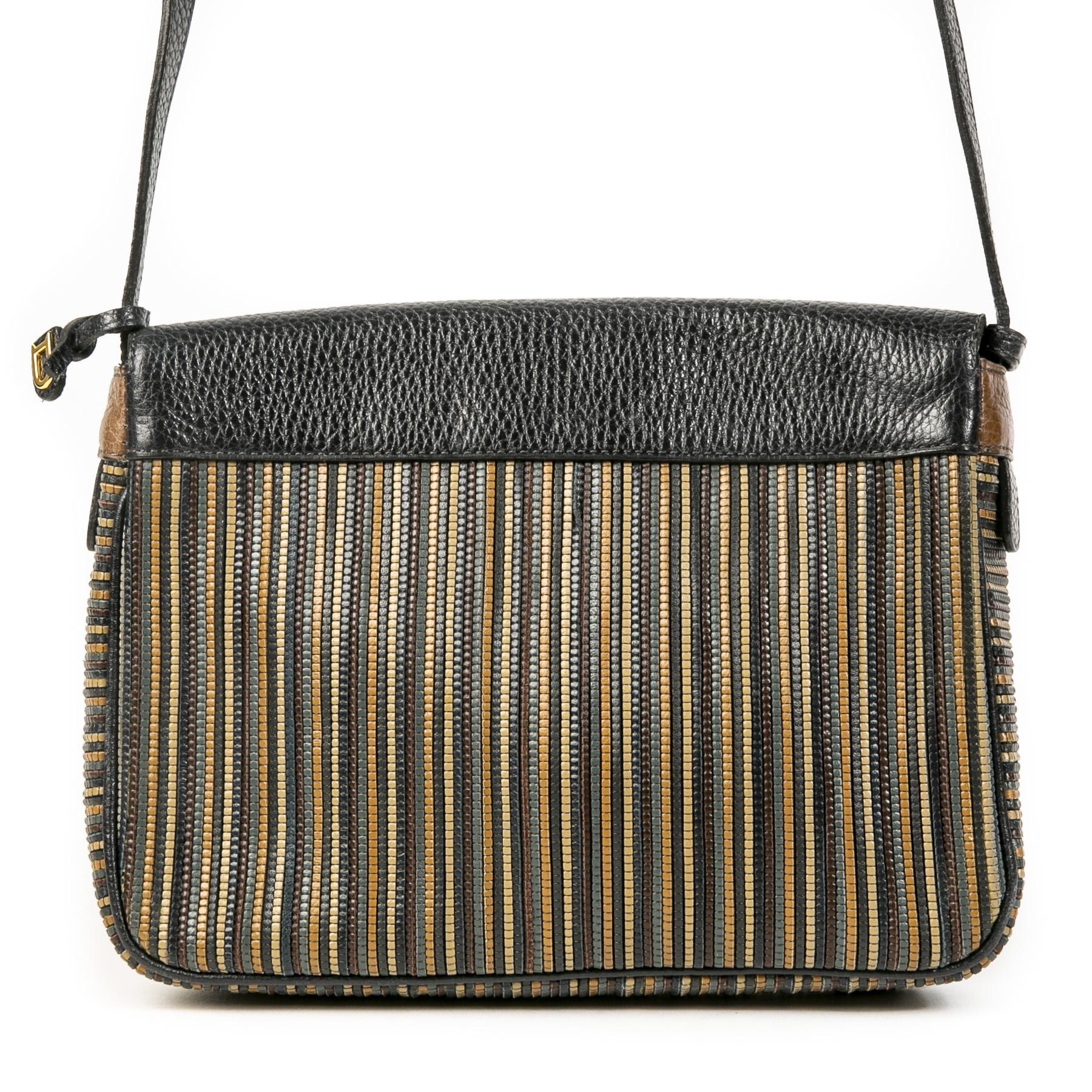 Delvaux Toile de Cuir Brown and Blue Bag kopen en verkopen aan de beste prijs bij Labellov tweedehands