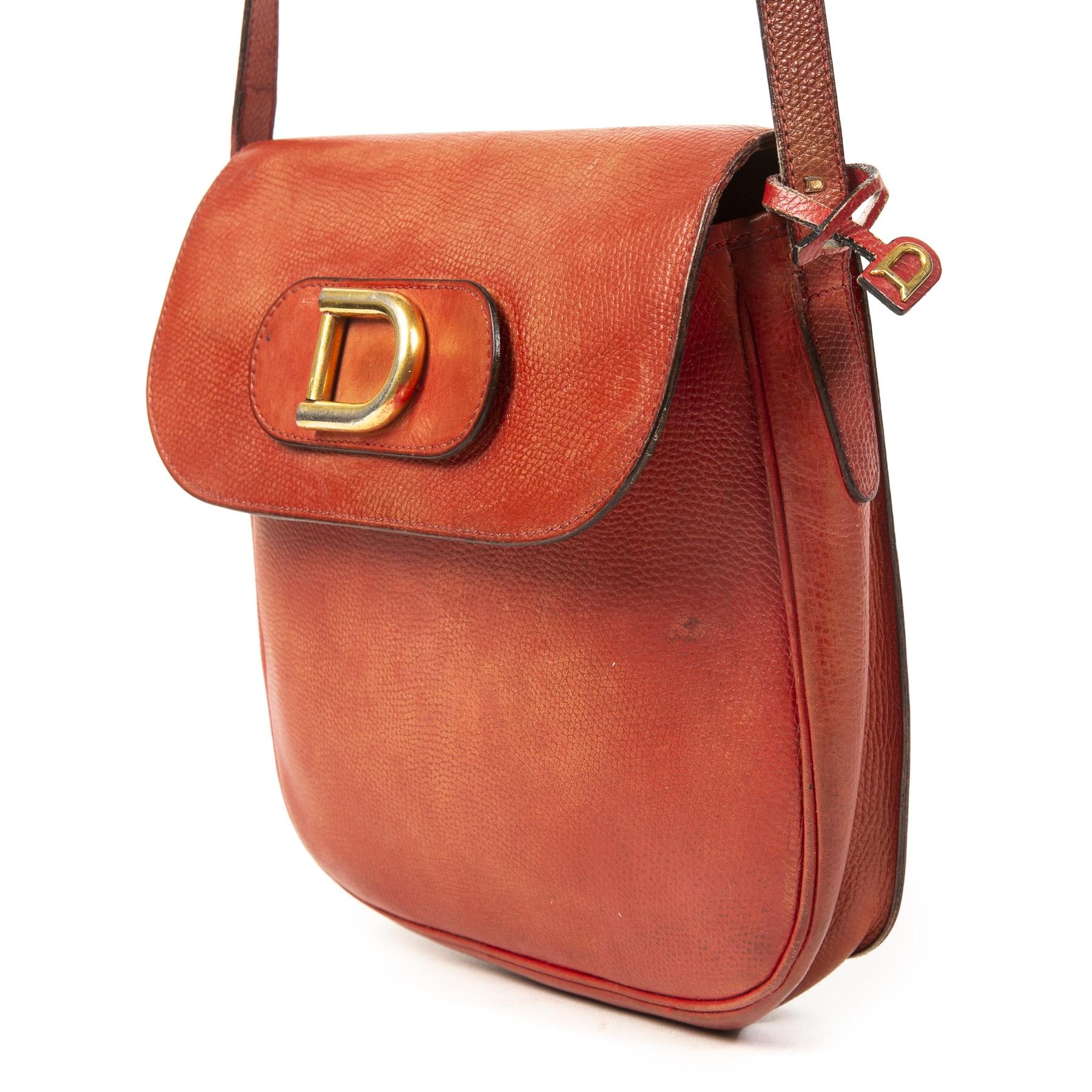 Authentieke tweedehands Delvaux Coral Golden D Crossbody Bag juiste prijs veilig online winkelen LabelLOV webshop luxe merken winkelen Antwerpen België mode fashion