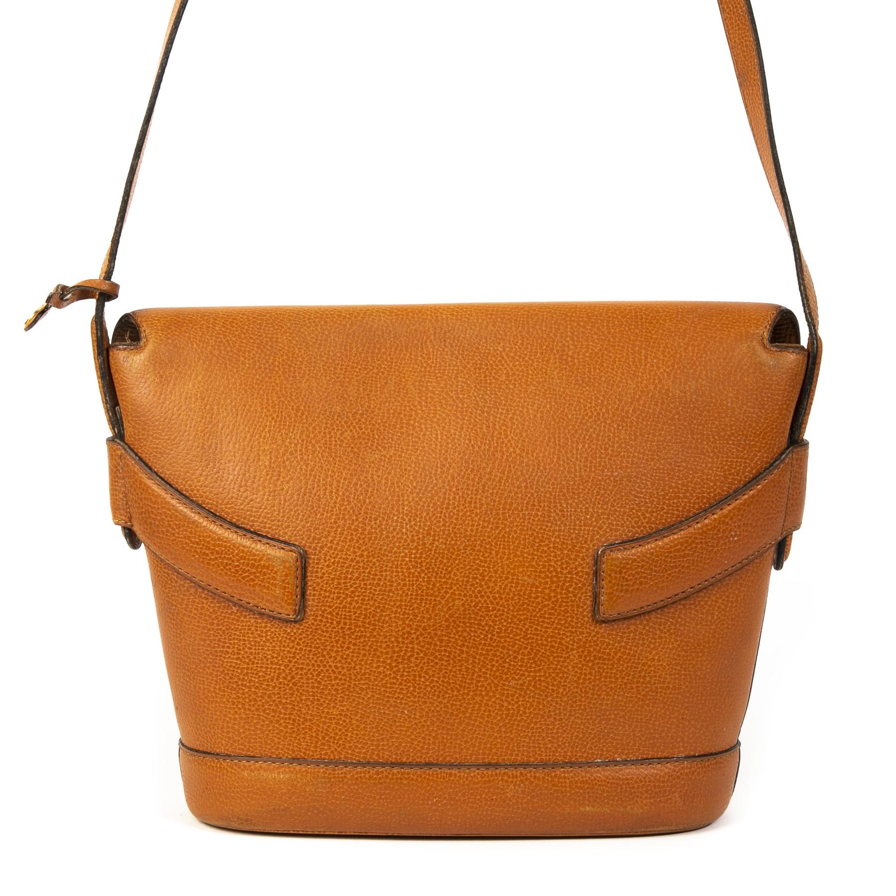 Authentieke Tweedehands Delvaux Cognac Leather Front Flap Shoulder Bag juiste prijs veilig online shoppen luxe merken webshop winkelen Antwerpen België mode fashion