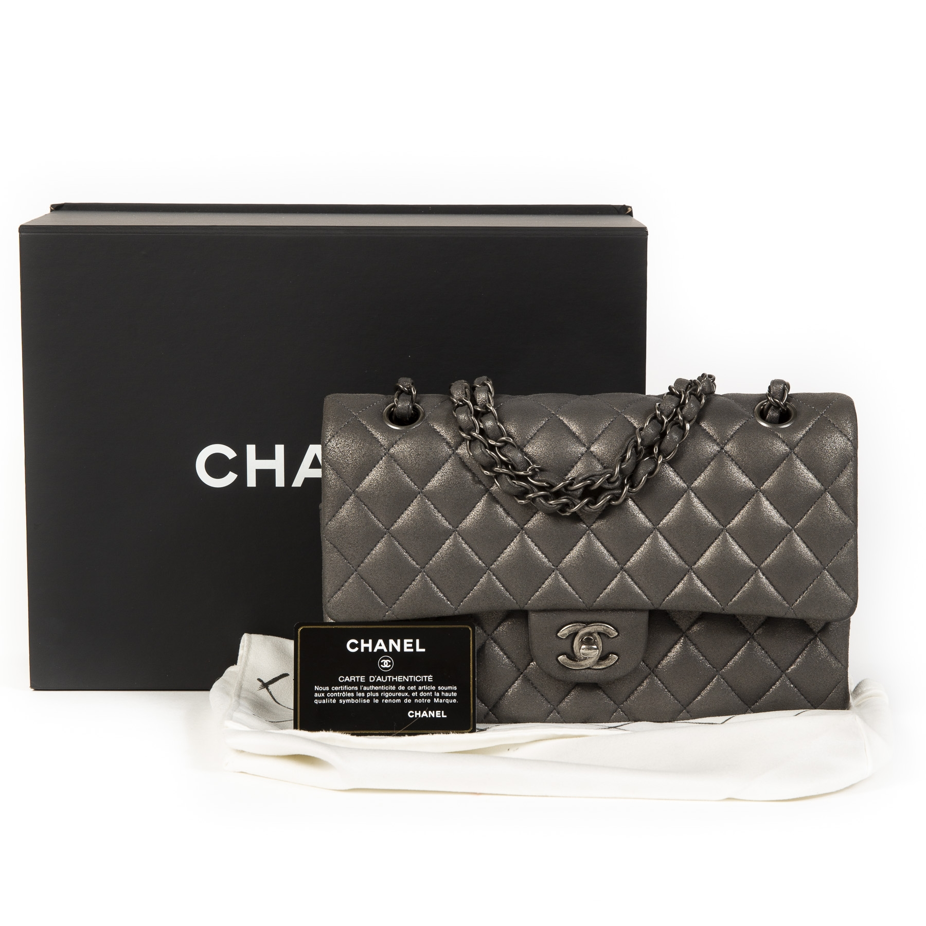Authentique seconde main vintage Chanel Medium Classic Flapbag Metallic Silver achète en ligne webshop LabelLOV