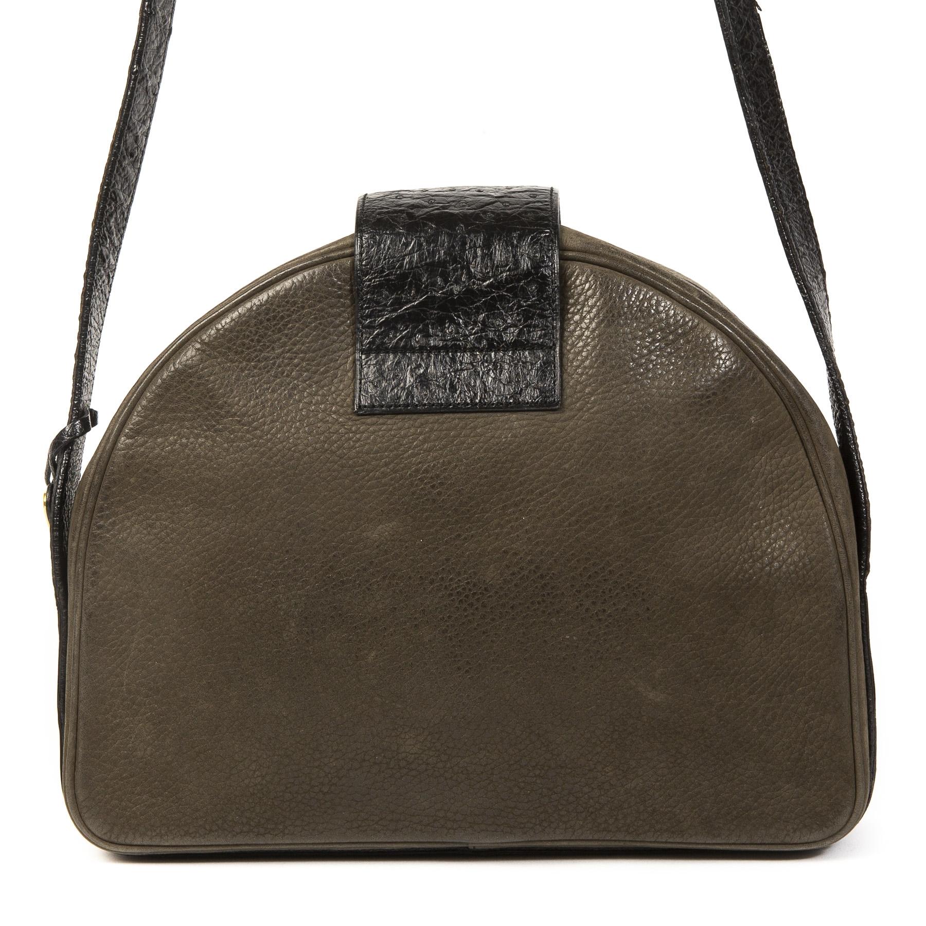 Authentieke Tweedehands Delvaux Green Leather Ostrich Detail Shoulder Bag juiste prijs veilig online shoppen luxe merken webshop winkelen Antwerpen België
