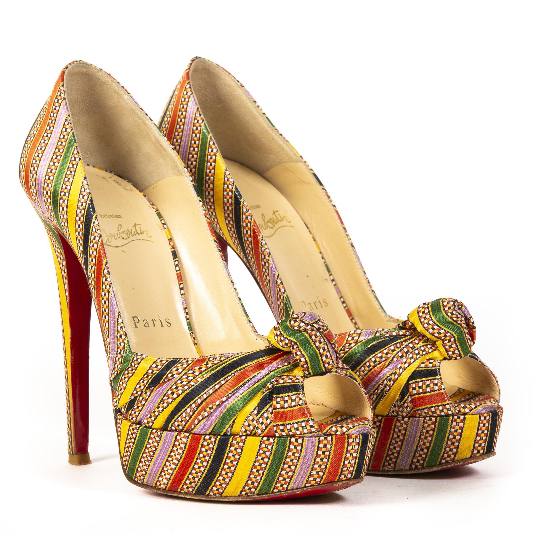 Christian Louboutin Multicolor Platform Heels kopen en verkopen aan de beste prijs bij Labellov