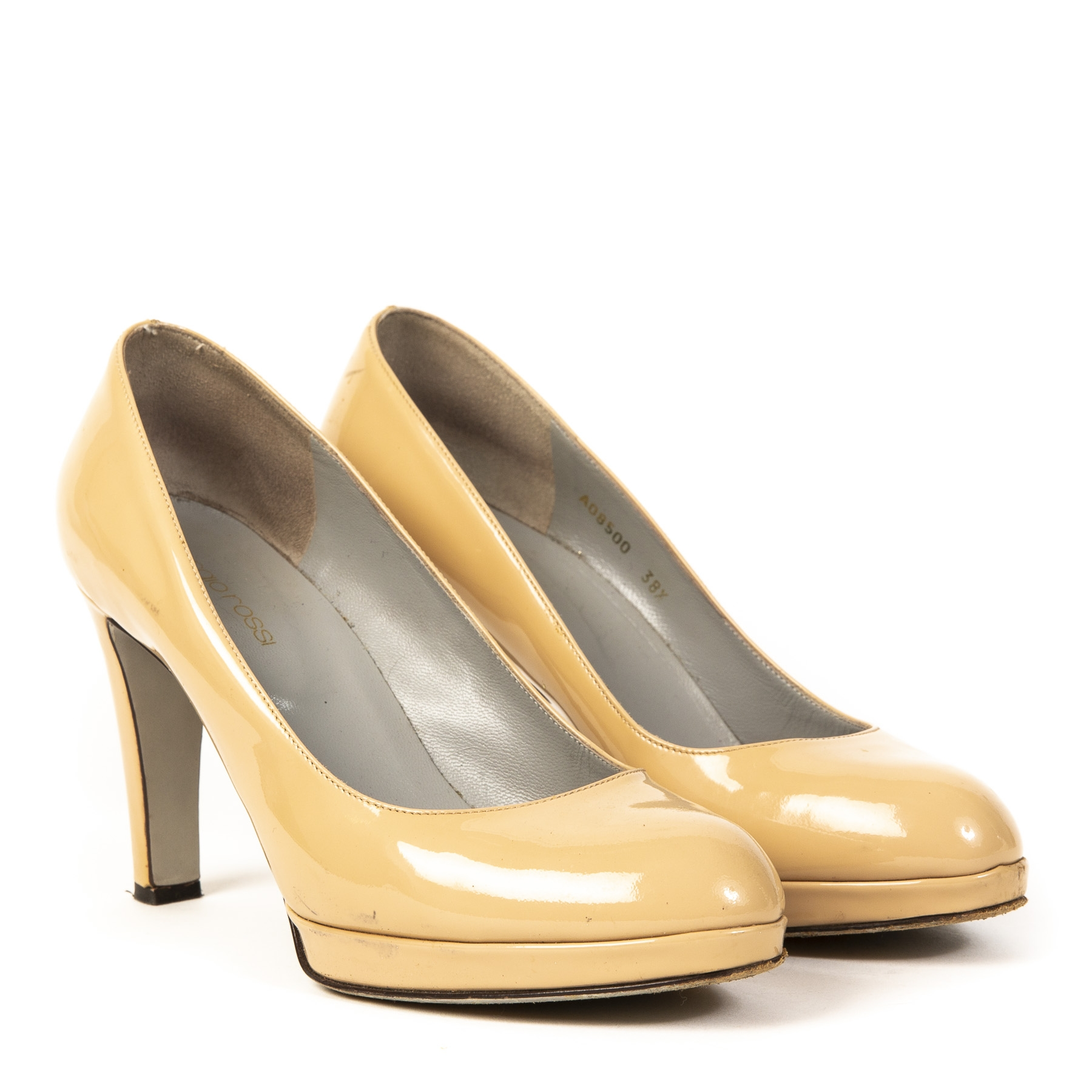 Authentic second-hand vintage Sergio Rossi Nude Pumps buy online webshop LabelLOV