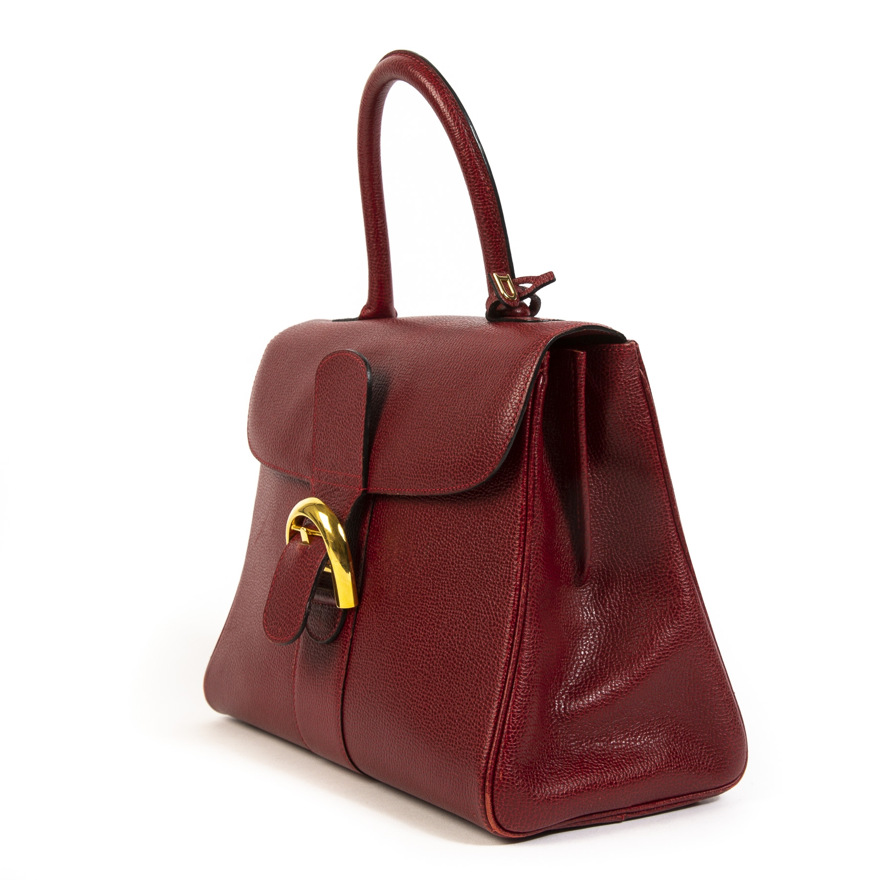 Buy this authentic second-hand vintage Delvaux Brillant MM Burgundy at online webshop LabelLOV.