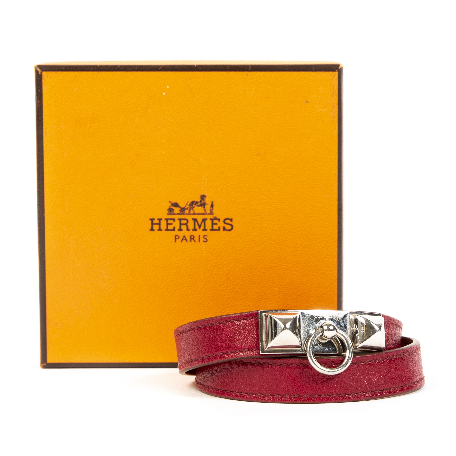 Buy authentic secondhand Hermes bracelet at labellov webshop.