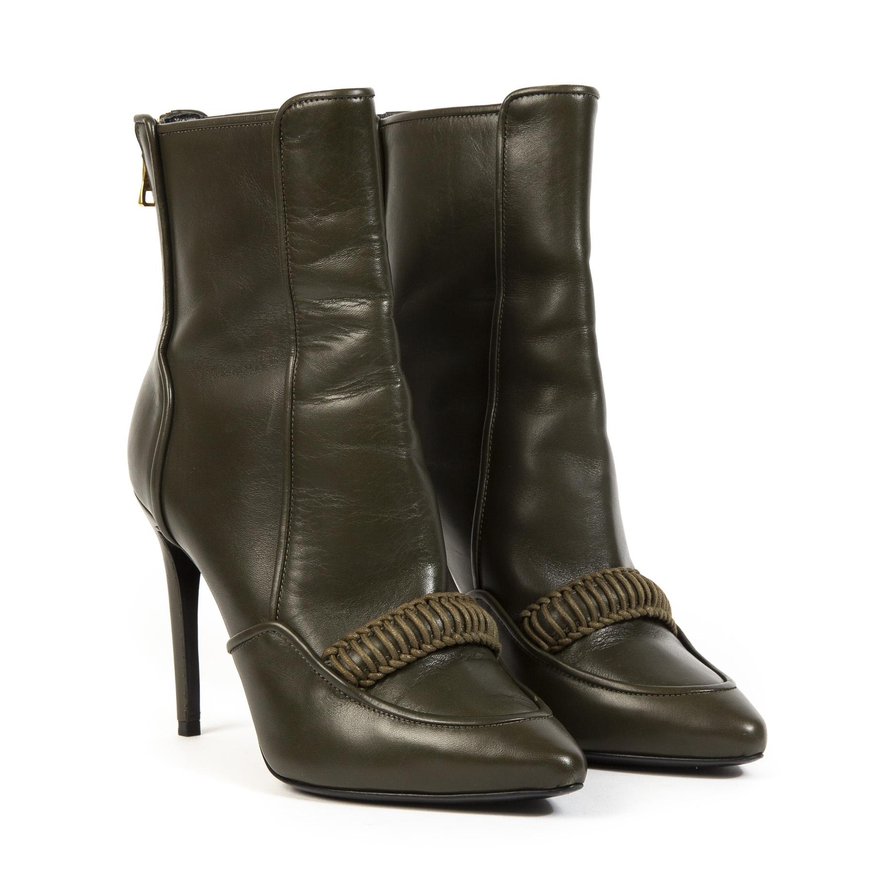 achetez balmain chaussures chez labellov