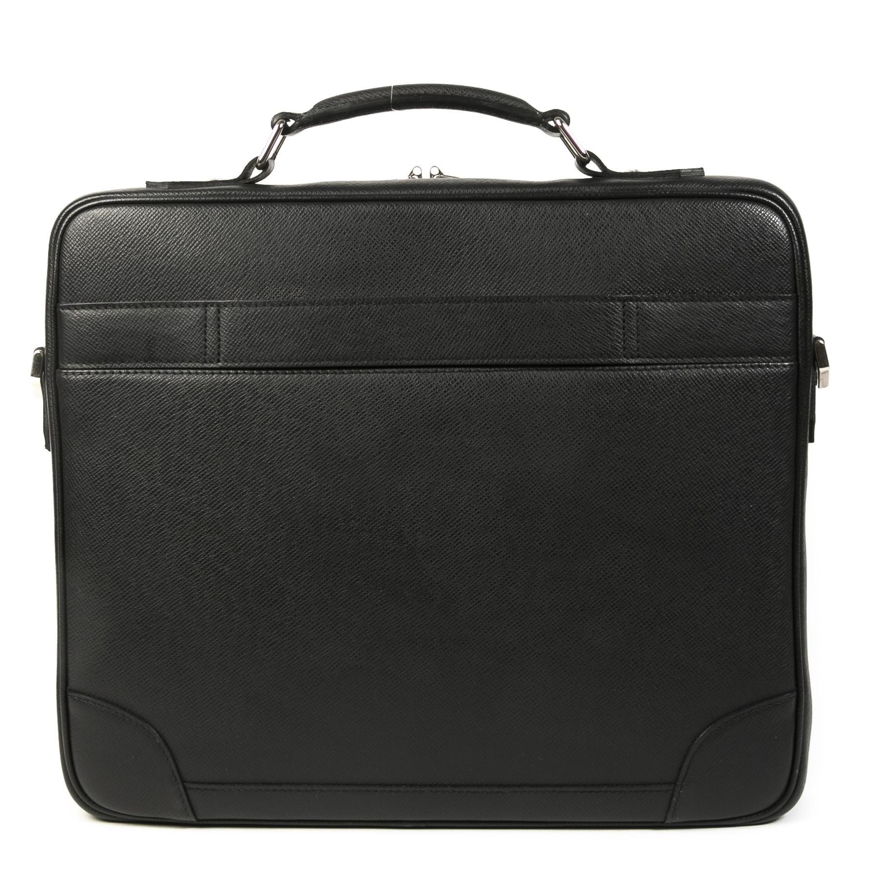 Authentieke Tweedehands Louis Vuitton Black Leather Laptop Bag juiste prijs veilig online shoppen luxe merken webshop winkelen Antwerpen België mode fashion