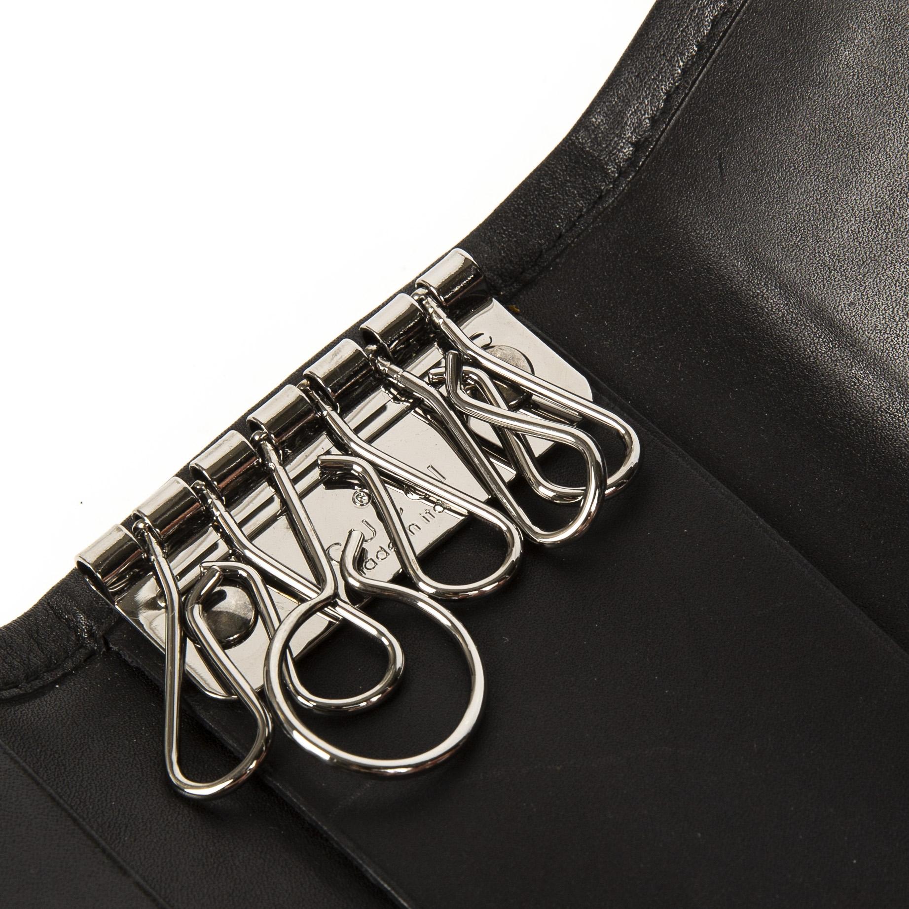 Authentieke tweedehands Gucci black logo keyholder juiste prijs veilig online winkelen LabelLOV webshop luxe merken winkelen Antwerpen België mode fashion
