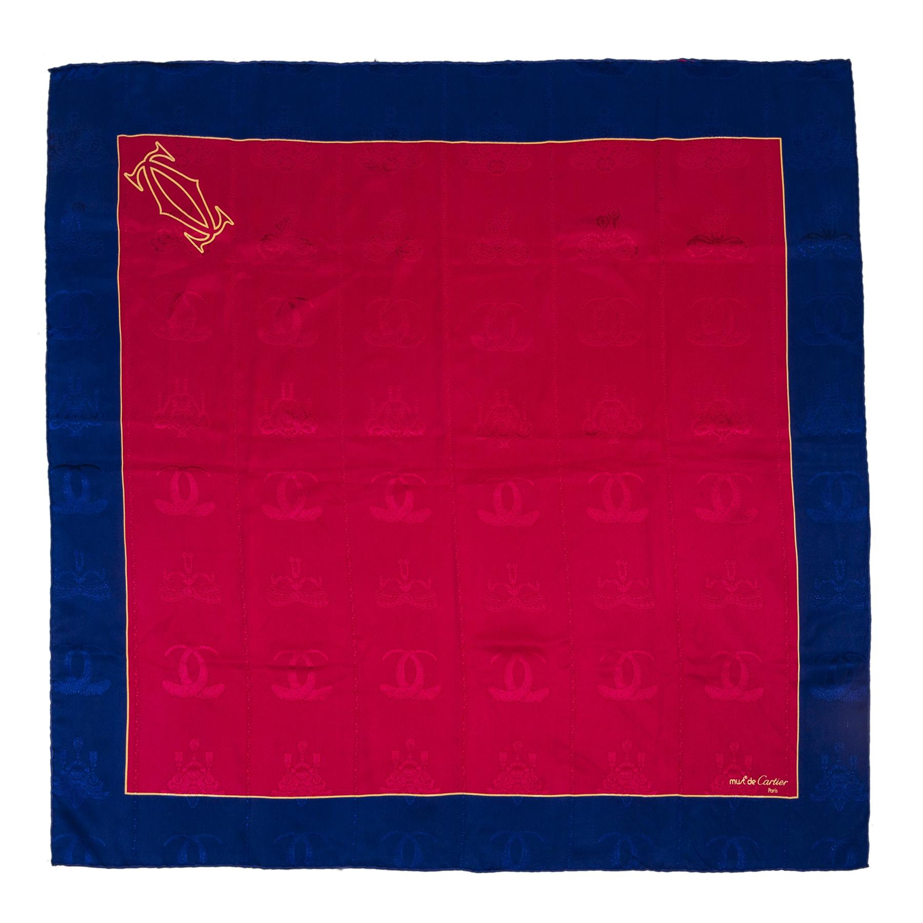 Authentieke tweedehands Cartier silk logo printed blue pink scarf juiste prijs veilig online winkelen LabelLOV webshop luxe merken winkelen Antwerpen België mode fashion