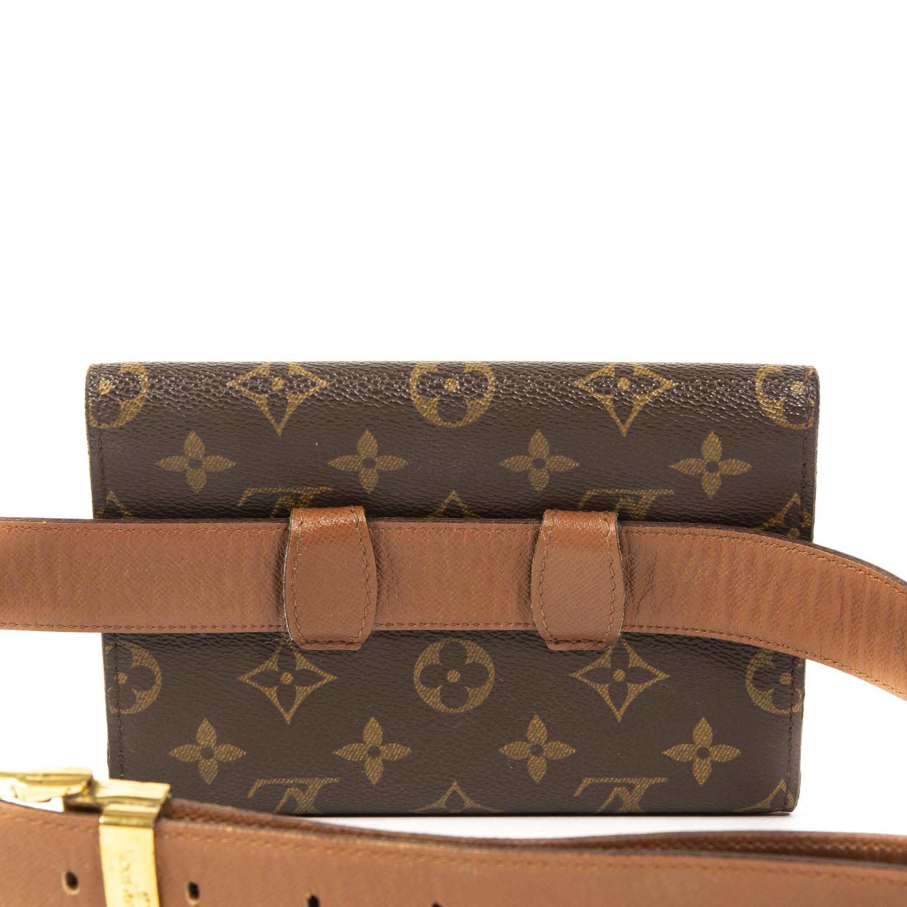Authentieke Tweedehands Louis Vuitton Monogram Arche Belt Bag juiste prijs veilig online shoppen luxe merken webshop winkelen Antwerpen België mode fashion