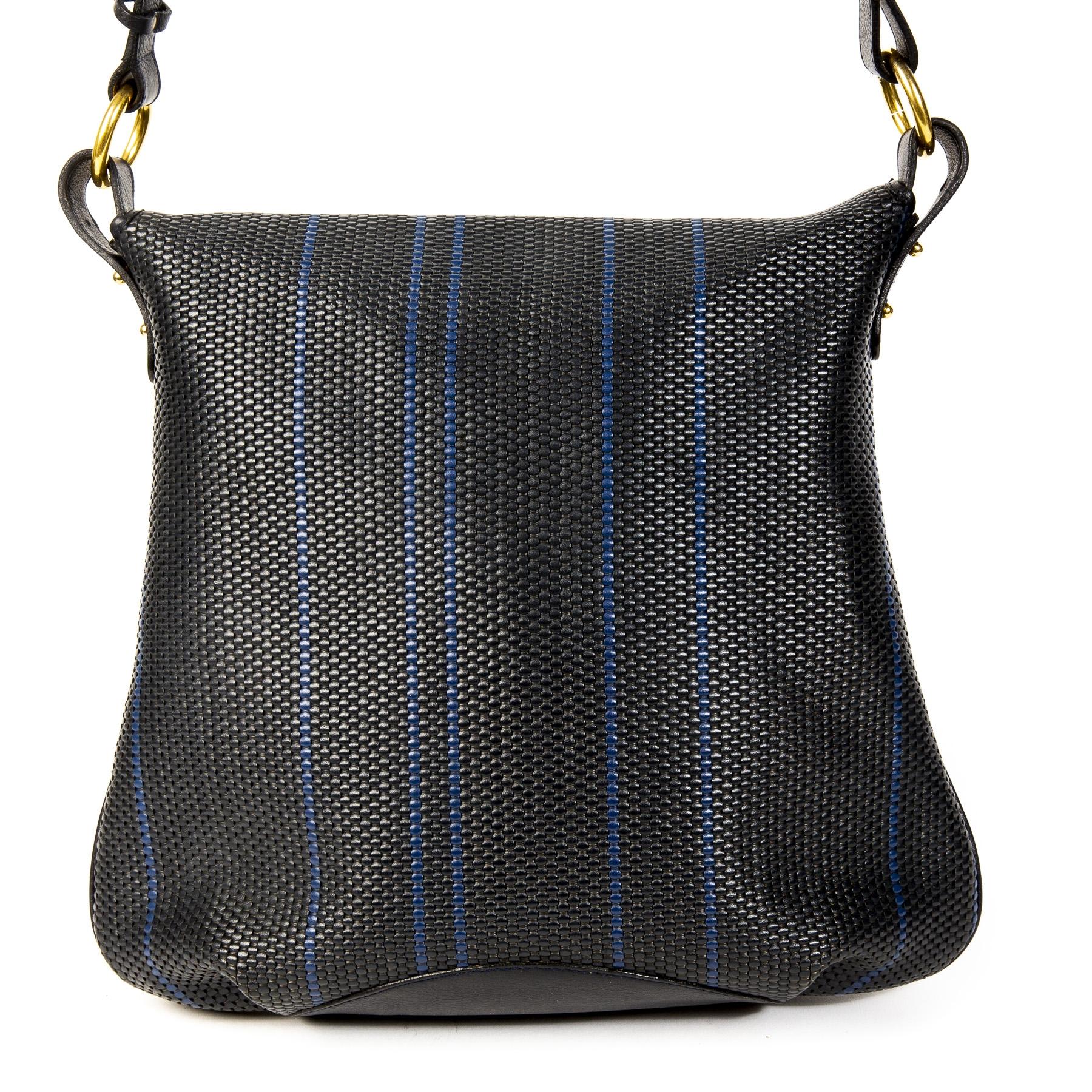 Authentieke Tweedehands Delvaux Dark Blue Toile de Cuir Striped Shoulder Bag juiste prijs veilig online shoppen luxe merken webshop winkelen Antwerpen België mode fashion