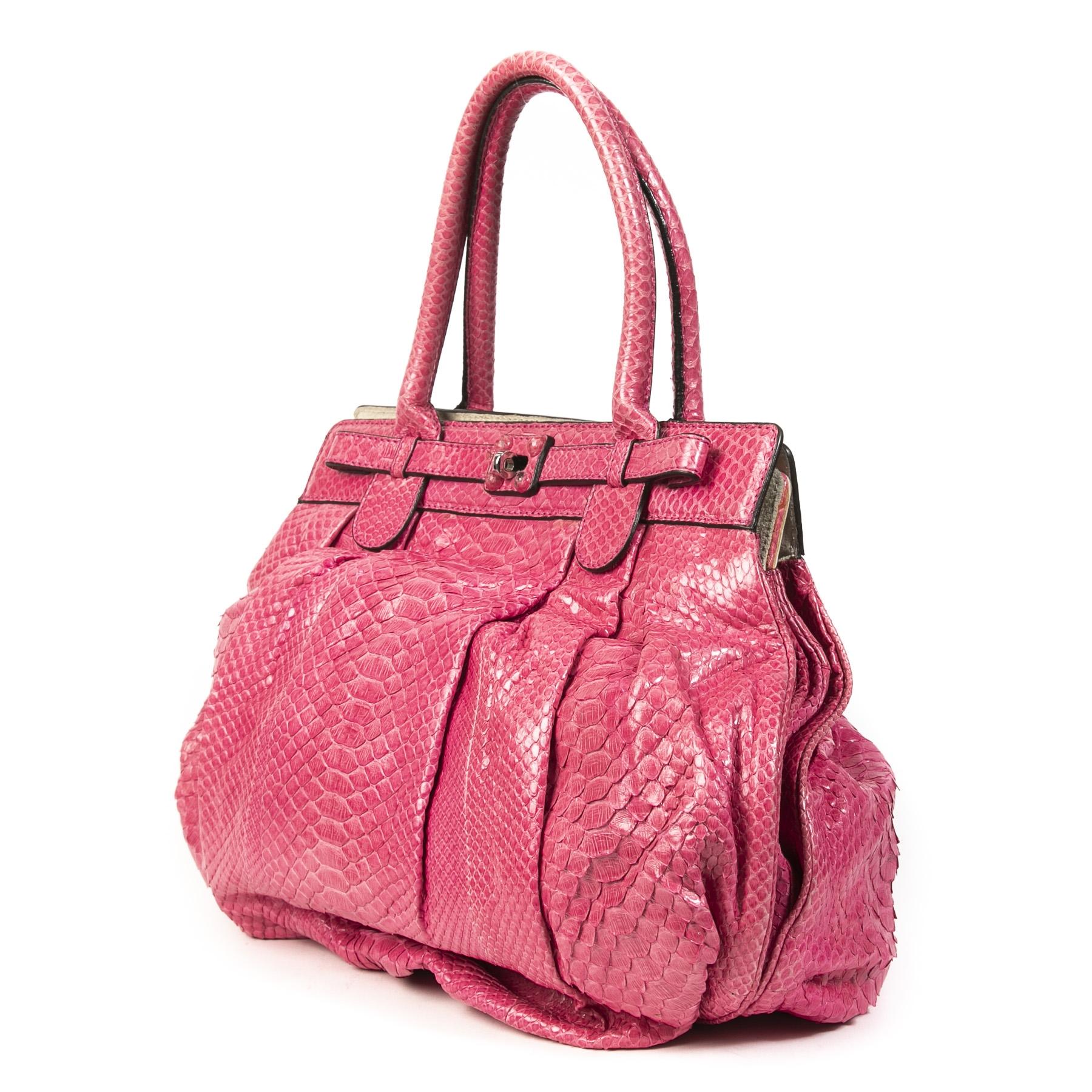 Zagliani Pink Python Puffy Hobo Bag pour le meilleur prix chez Labellov à Anvers