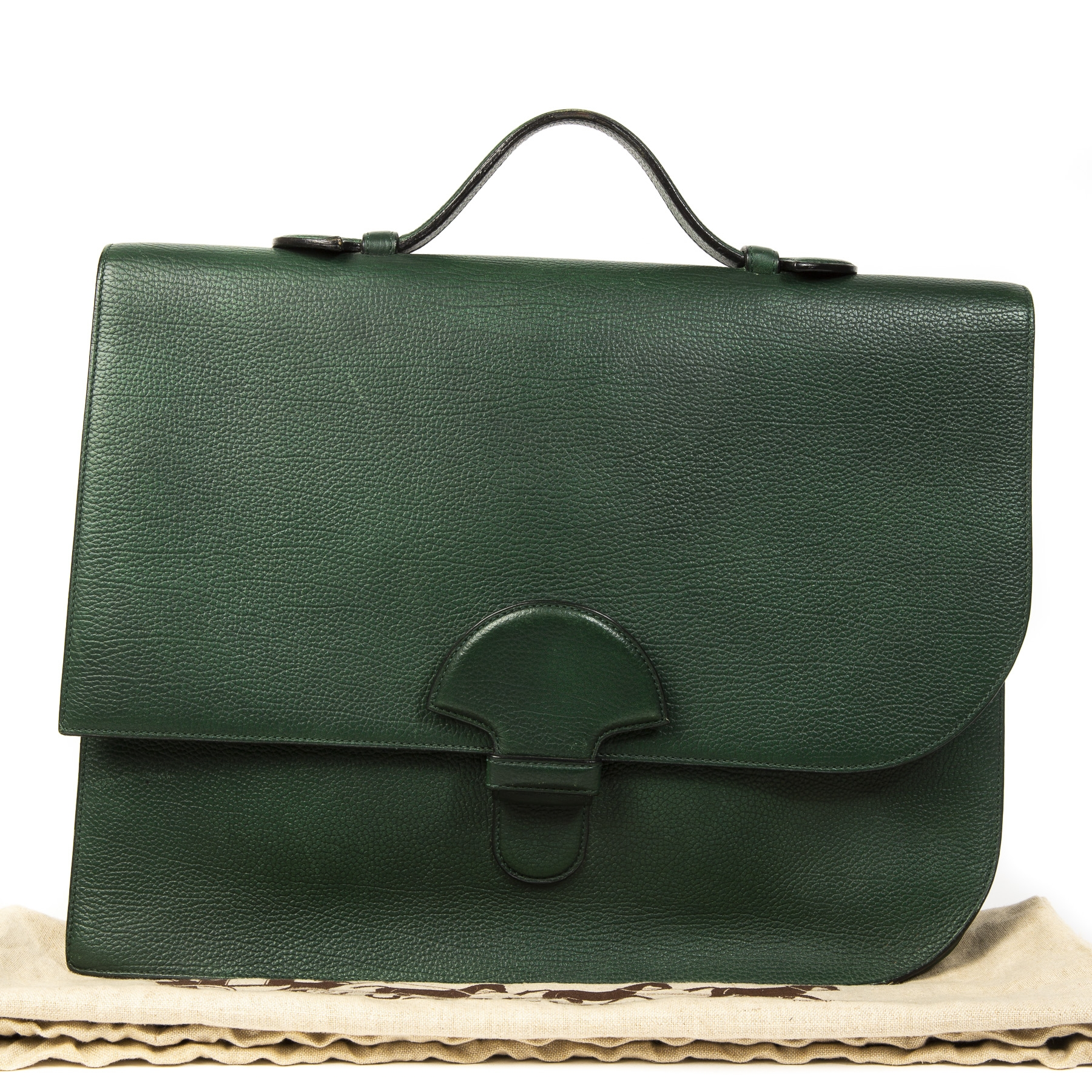Delvaux Green Cartable Presse Briefcase.  Buy authentic secondhand Delvaux Green Cartable Presse Briefcase at labellov antwerp, safe payment. Koop online tweedehands Delvaux Green Cartable Presse Briefcase bij labellov antwerpen, veilige betaling.