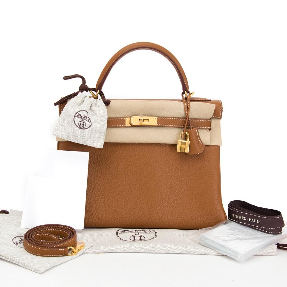 Buy safe and secure Hermes Kelly Bag online with wordwide shipping on Designer Vintage Webshop Labellov