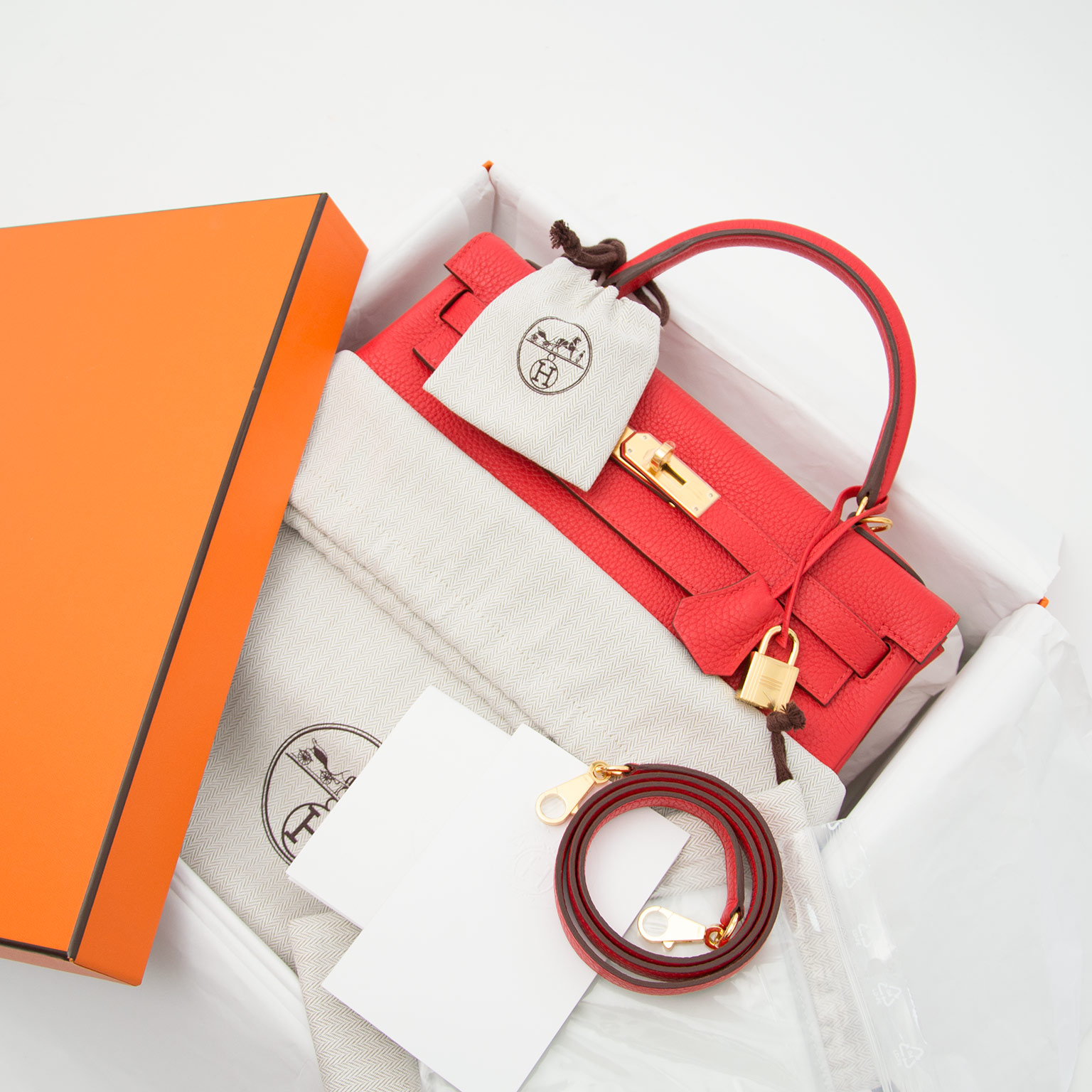 Hermes kelly 32 Rouge tomate taurillon clemence now online at labellov shop safe online
