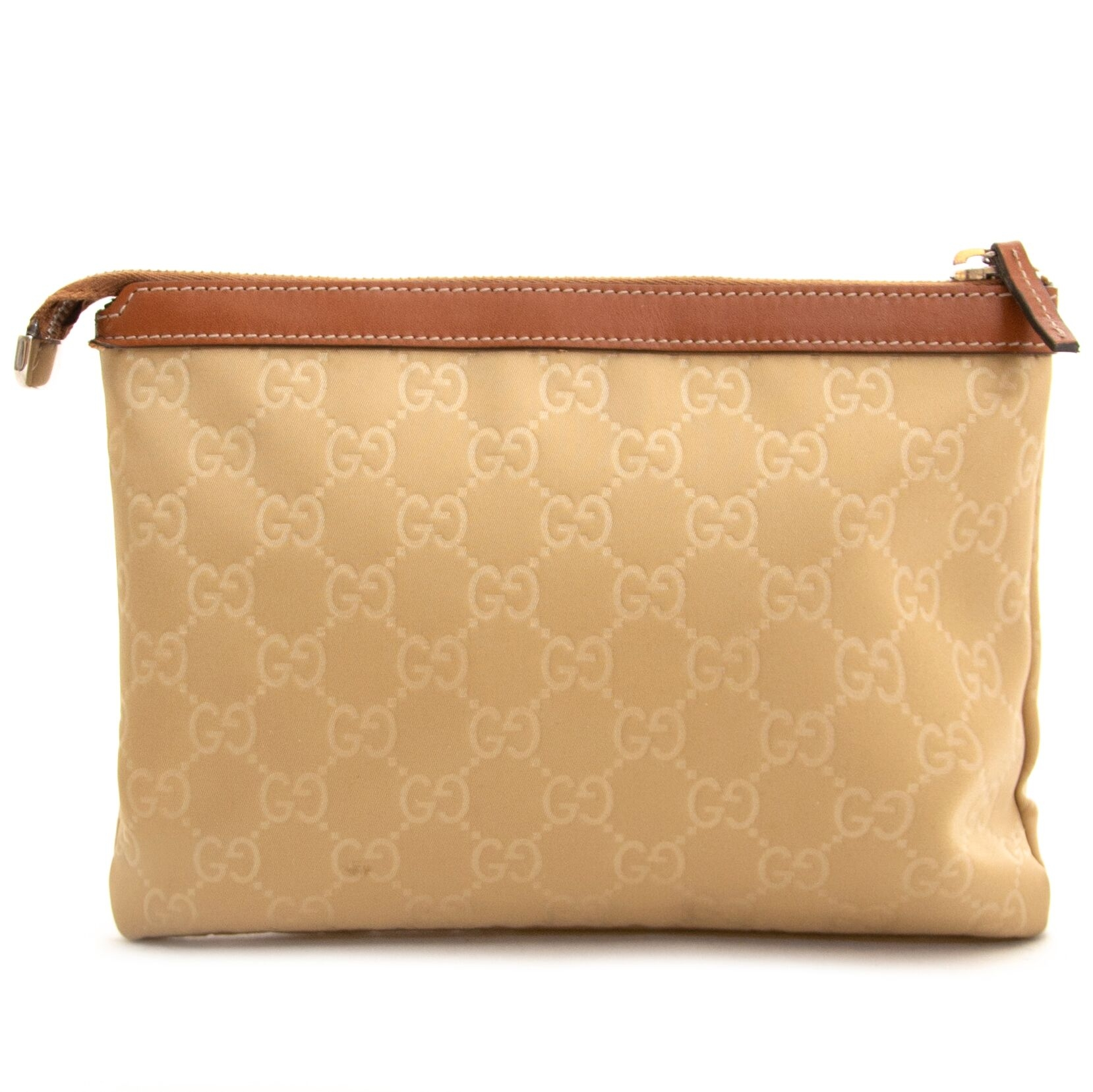 Buy secondhand Gucci cosmetic case at Labellov.
