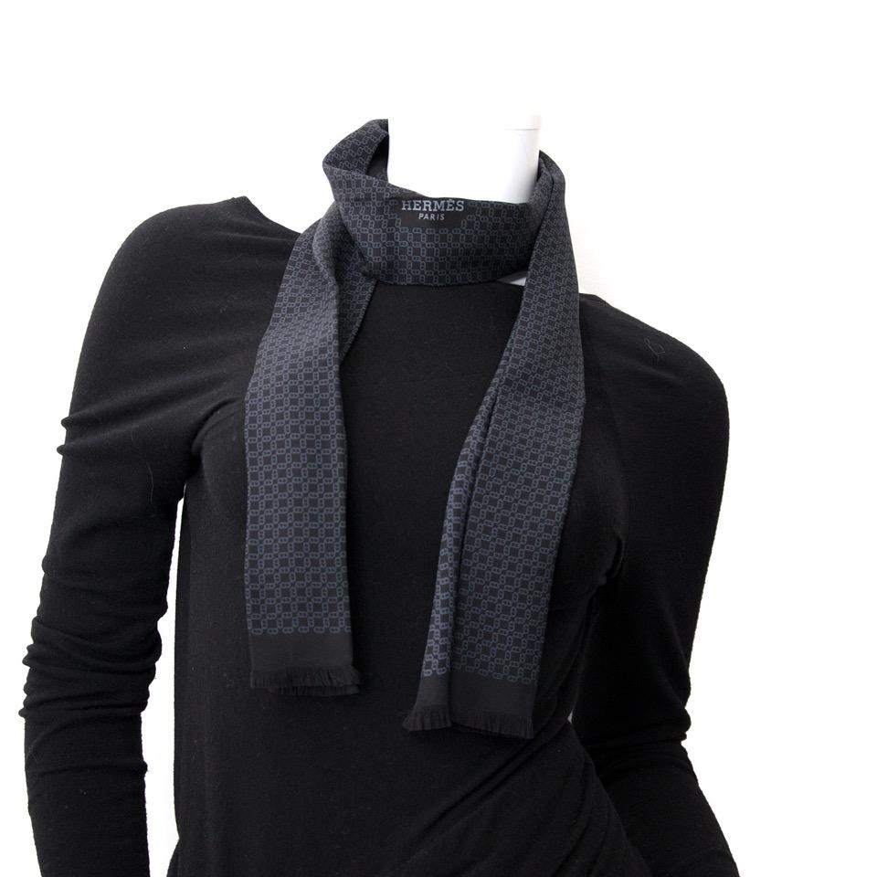 acheter en ligne seconde main Hermès La Cravate-Foulard H-Print