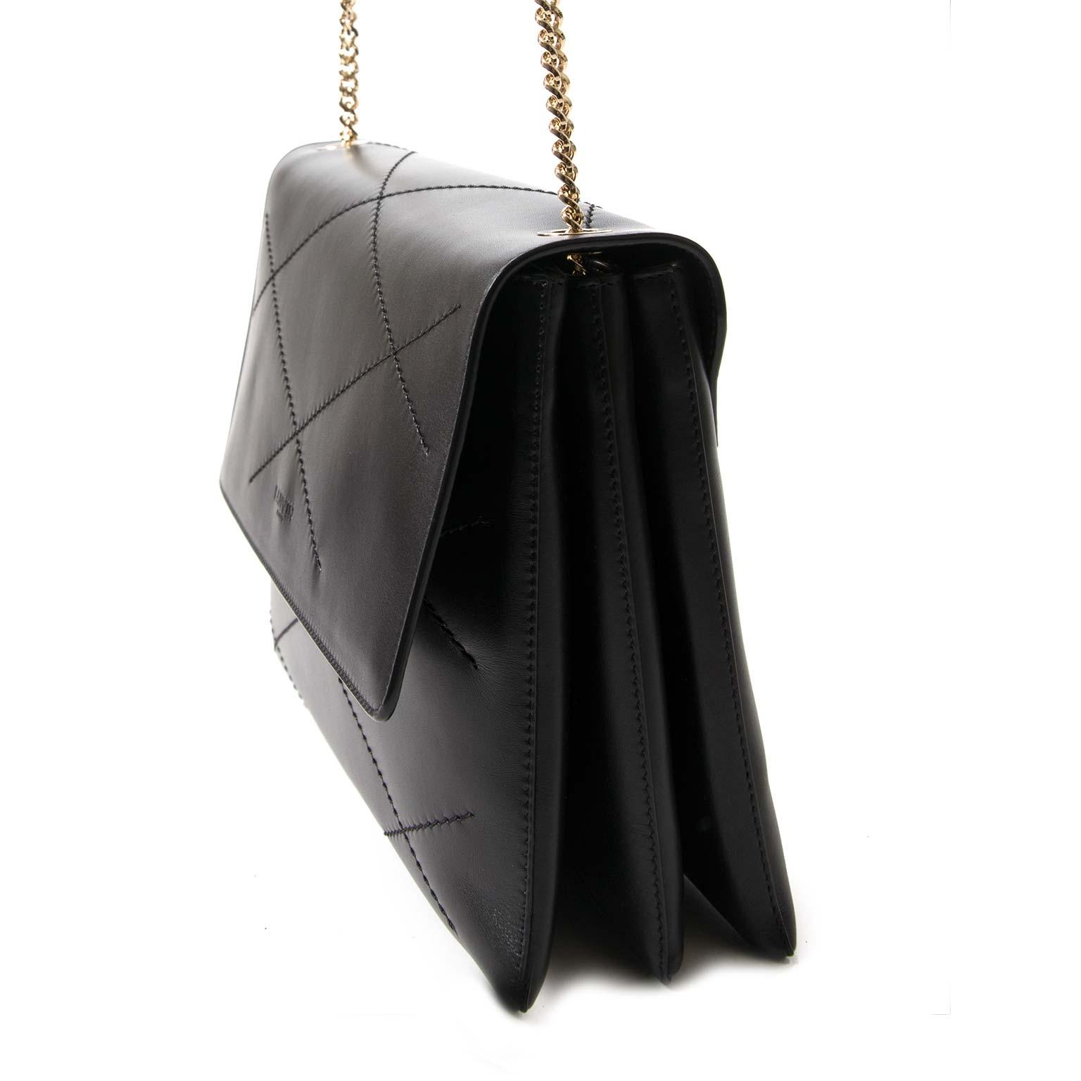 koop Lanvin Black leather Sugar Shoulderbag en betaal veilig online