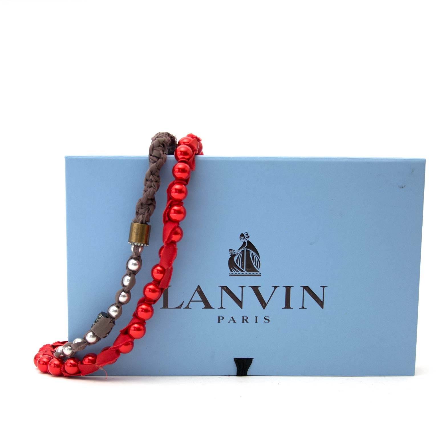 Lanvin Red & Taupe Bead Ribbon Necklace Buy authentic designer Lanvin secondhand Necklace at Labellov at the best price. Safe and secure shopping. Koop tweedehands authentieke Lanvin halsketting bij designer webwinkel labellov.