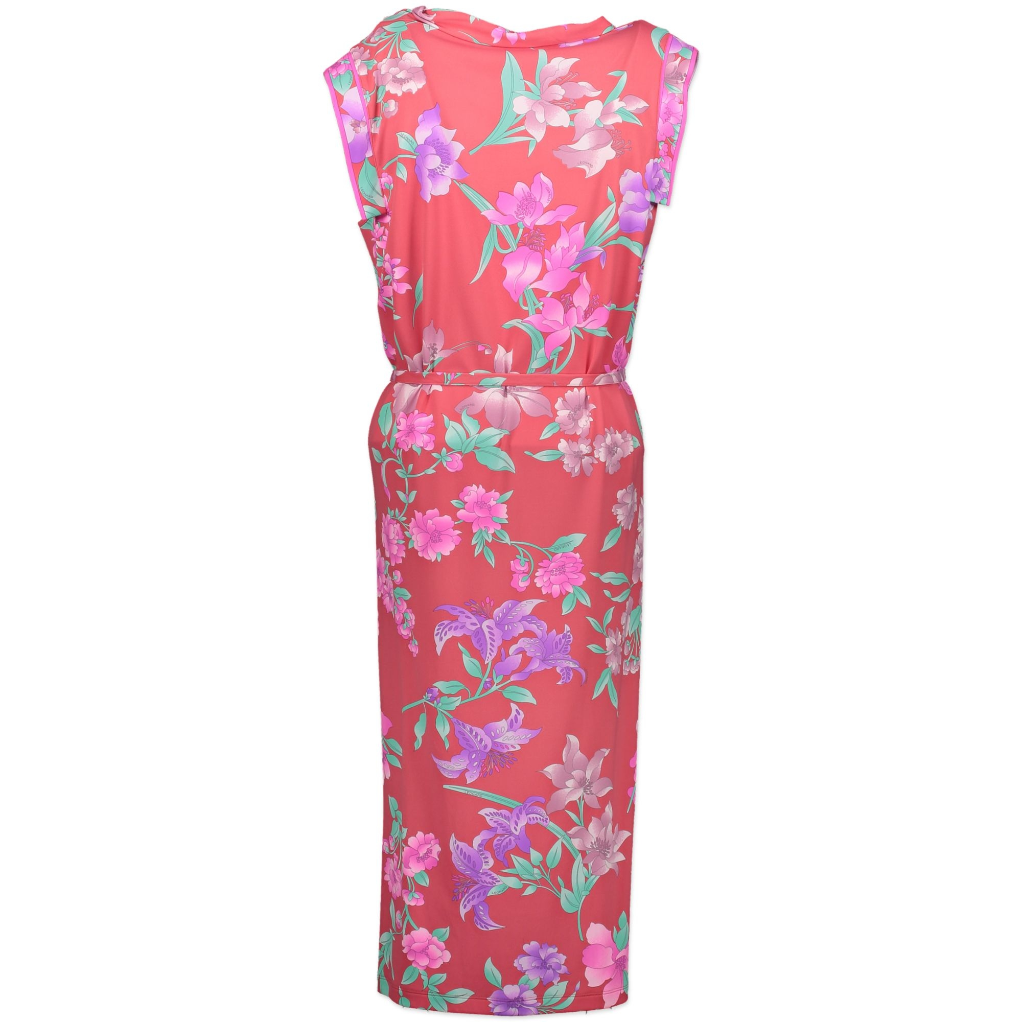 Buy authentic secondhand Leonard Fuchsia dress at the right price at labellov.