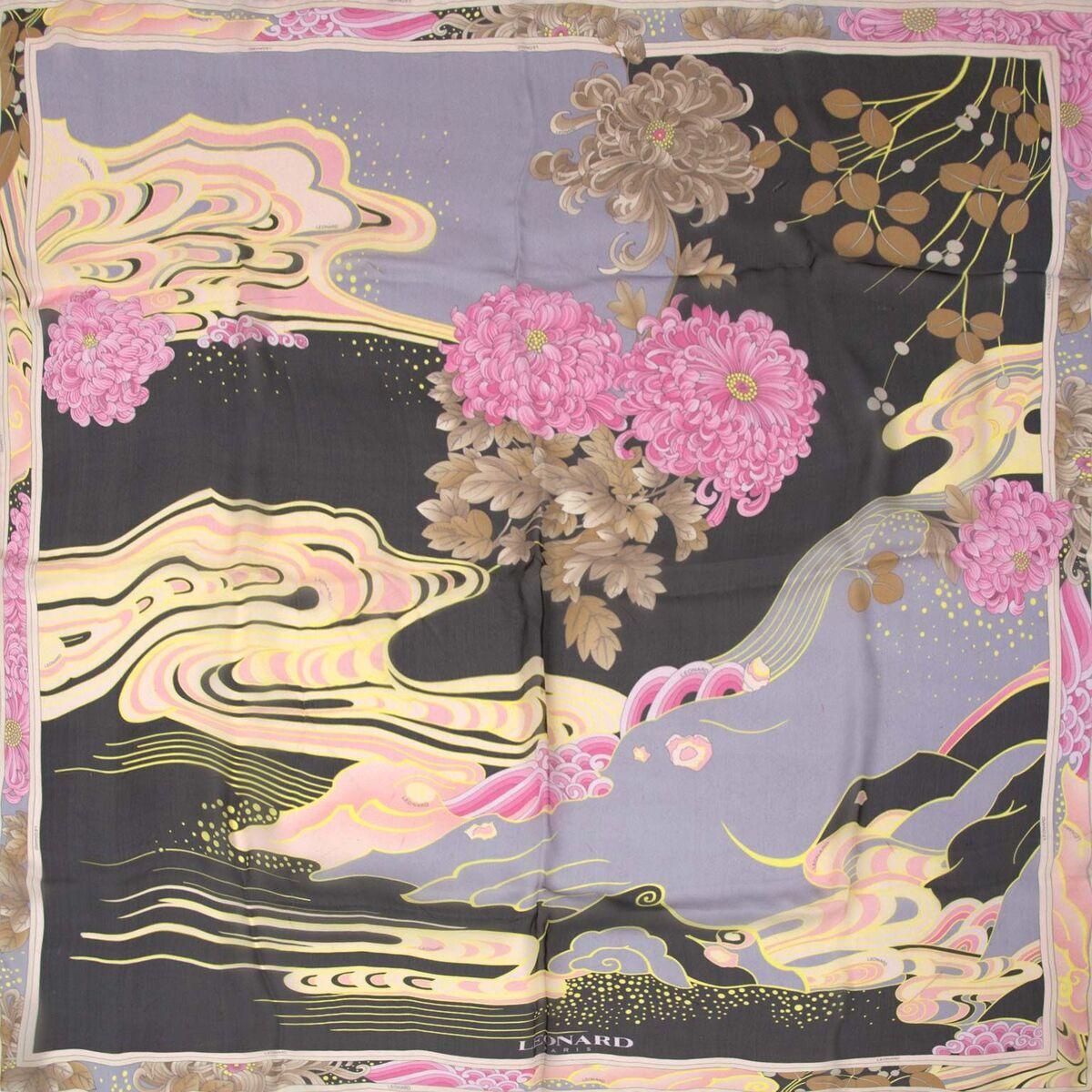 Koop authentieke tweedehands Leonard sjaal in pink floral aan een eerlijke prijs bij LabelLOV. Veilig online shoppen. Luxe merken aan een goede prijs.