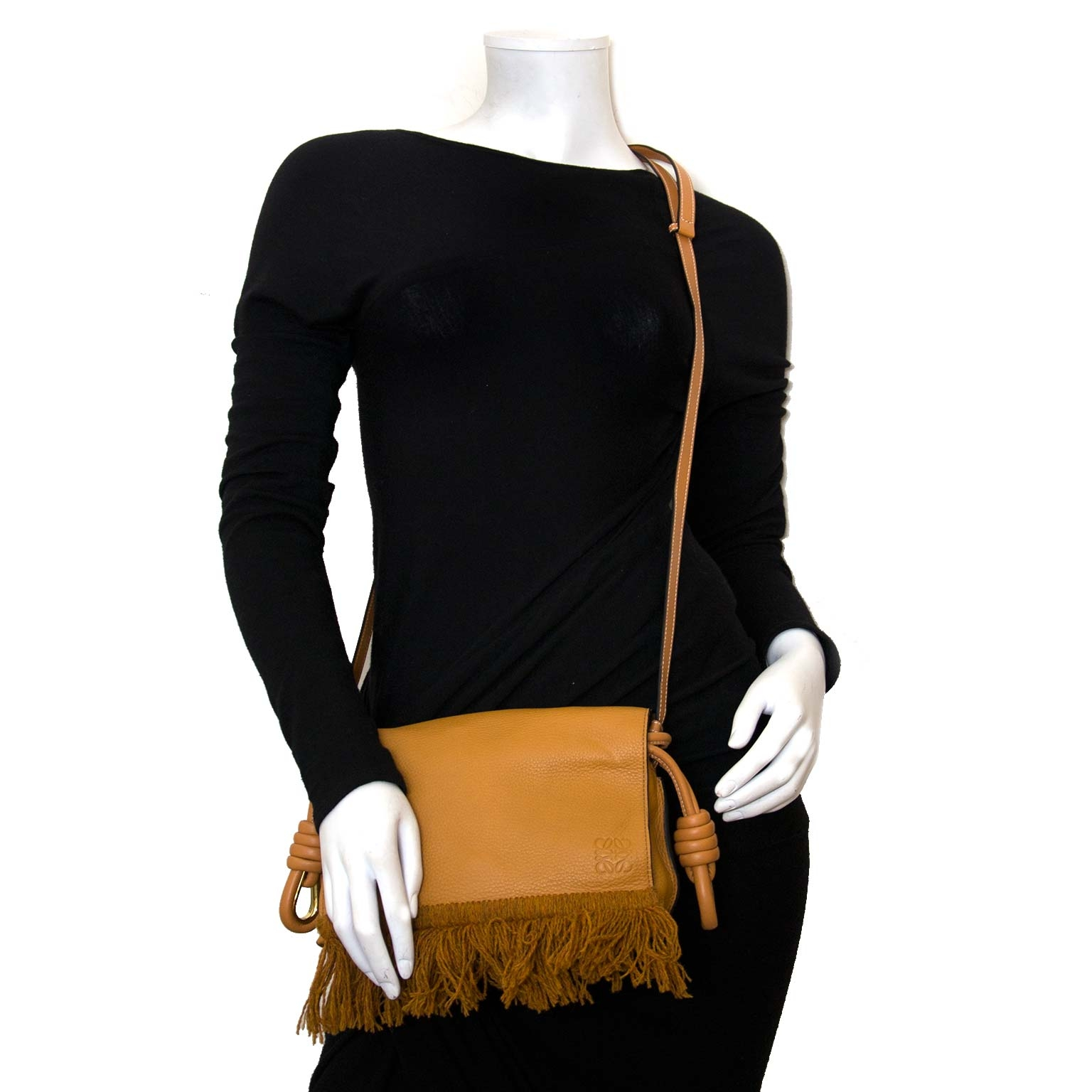 loewe flamenco caramel flap tas nu te koop bij labellov vintage mode webshop belgië