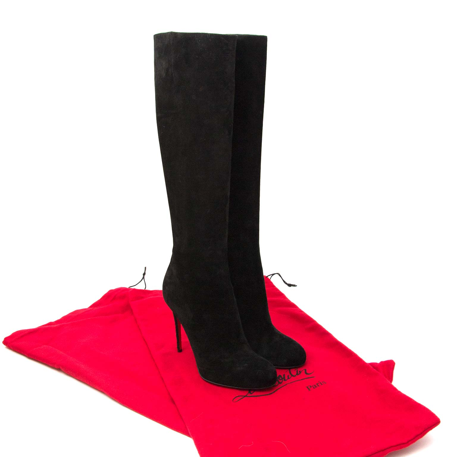 b5f55013efc Labellov Buy authentic vintagePrada designer bags, shoes, clothes ...