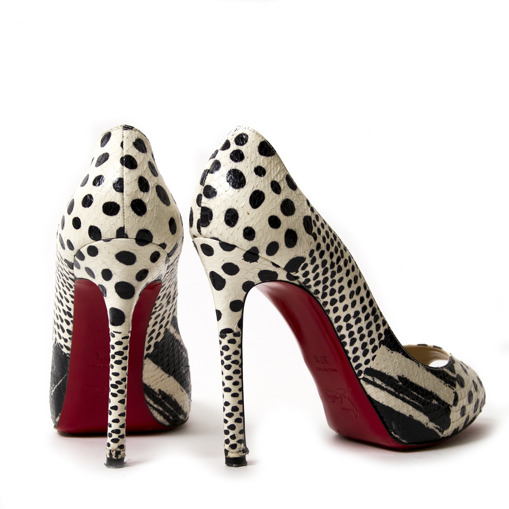 0b1d1fd15972 ... Christian Louboutin Printed Pumps - Size 37.5 for sale