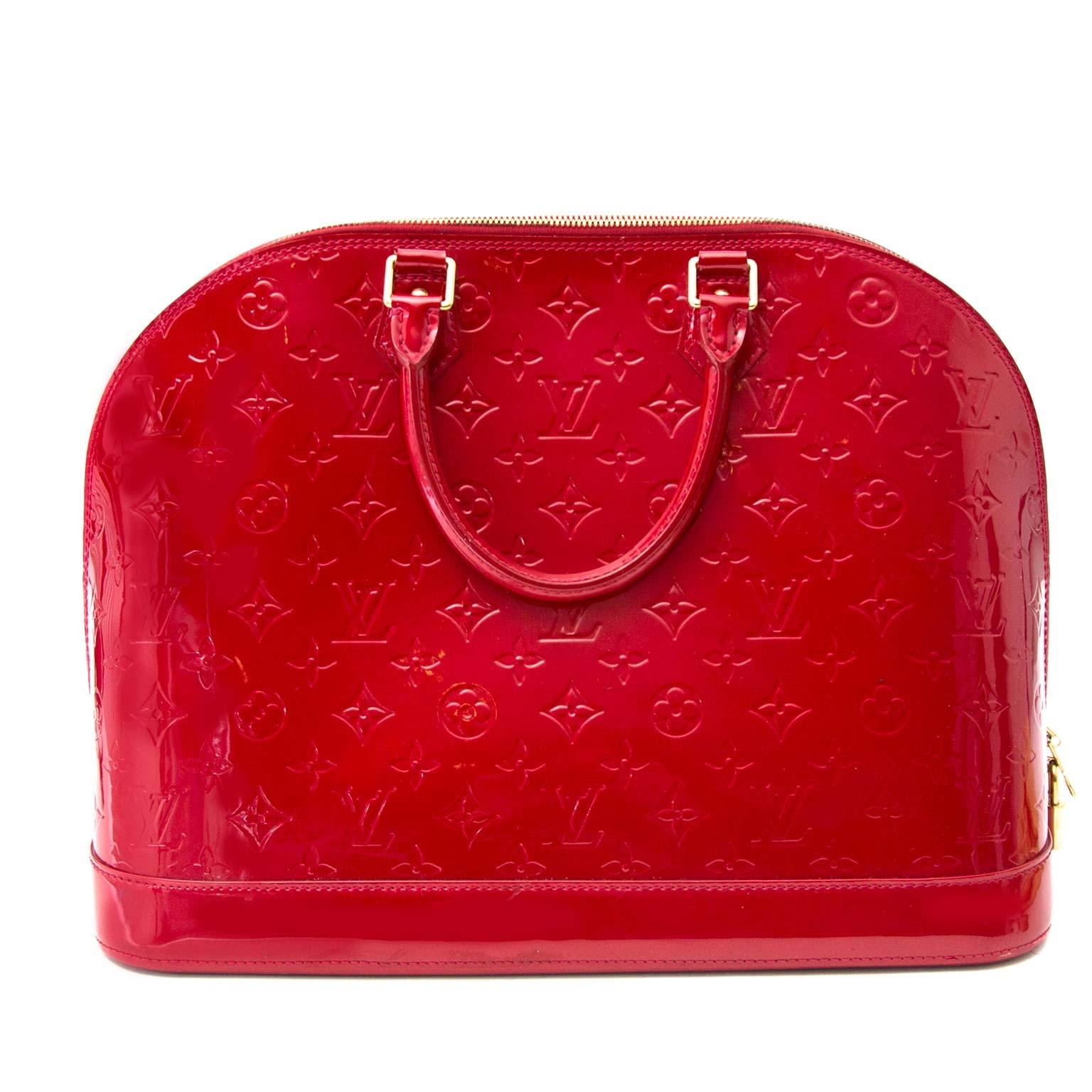 ... acheter en ligne pour le meilleur prix Louis Vuitton Alma Cherry  Monogram Vernis MM e58c23757c5b1