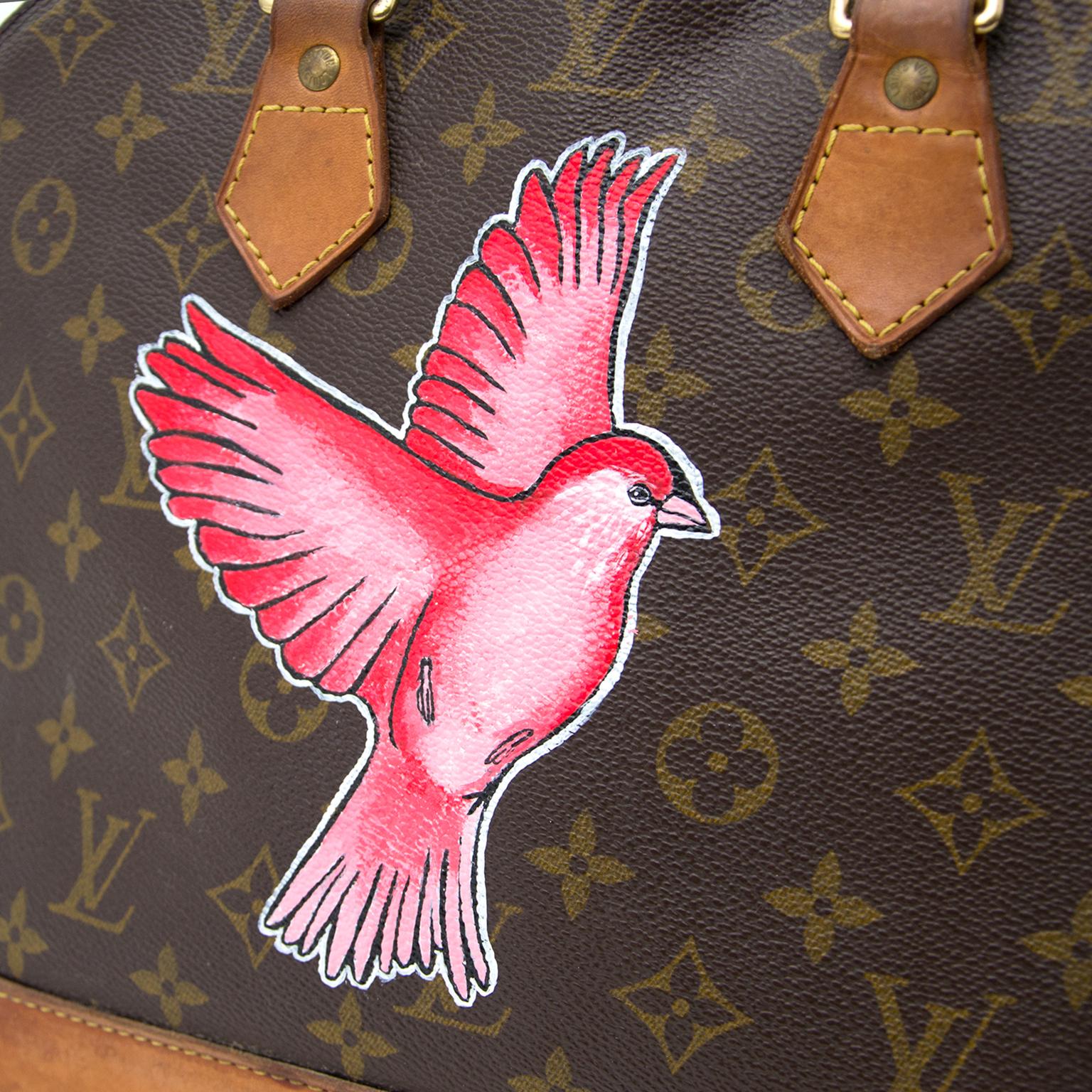 0e42c2526b06 ... the right price Koop een authentieke Louis Vuitton Hand Painted Bird  Alma aan de juiste prijs