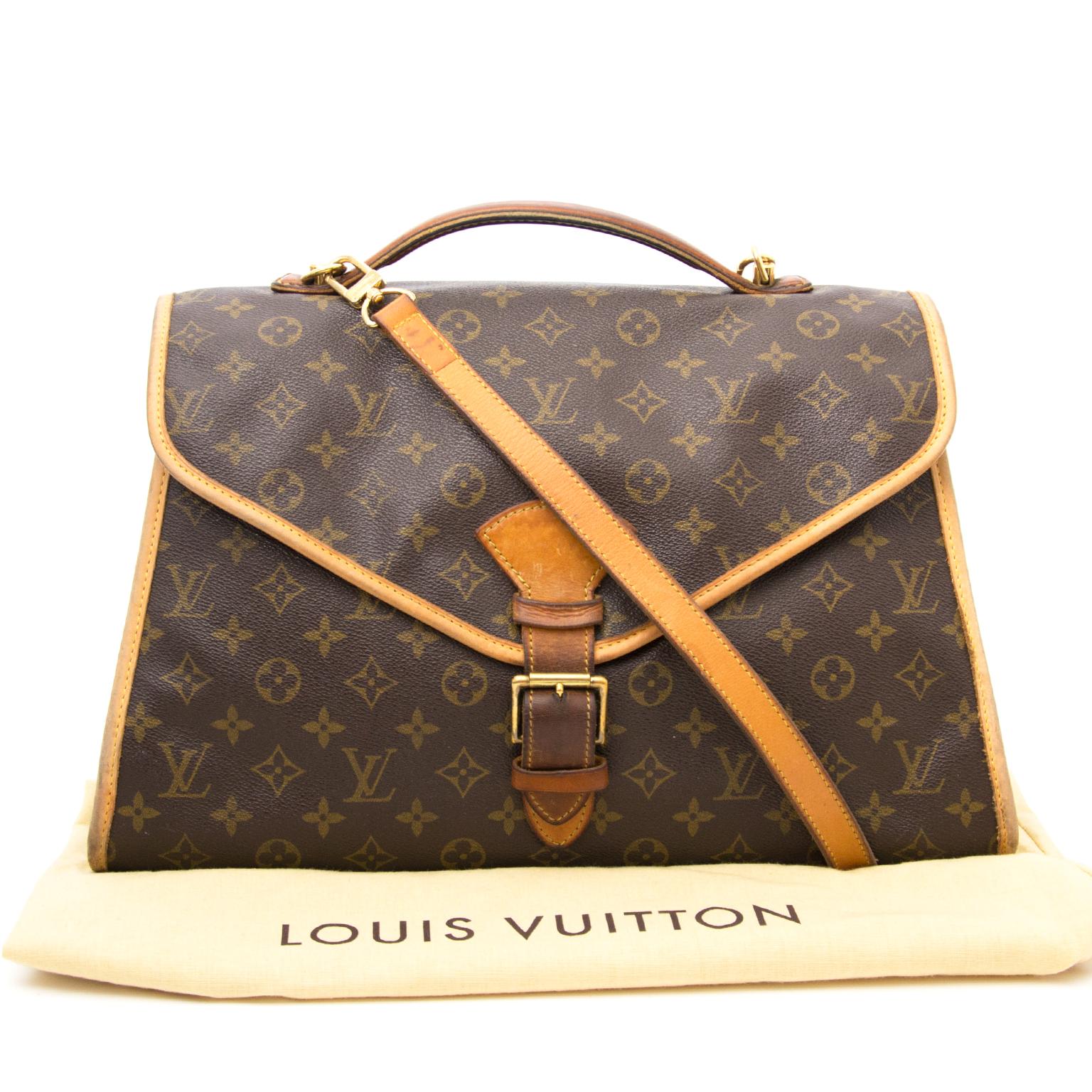Bent u op zoek naar een authentieke Louis Vuitton Beverly GM Monogram Briefcase + Strap?