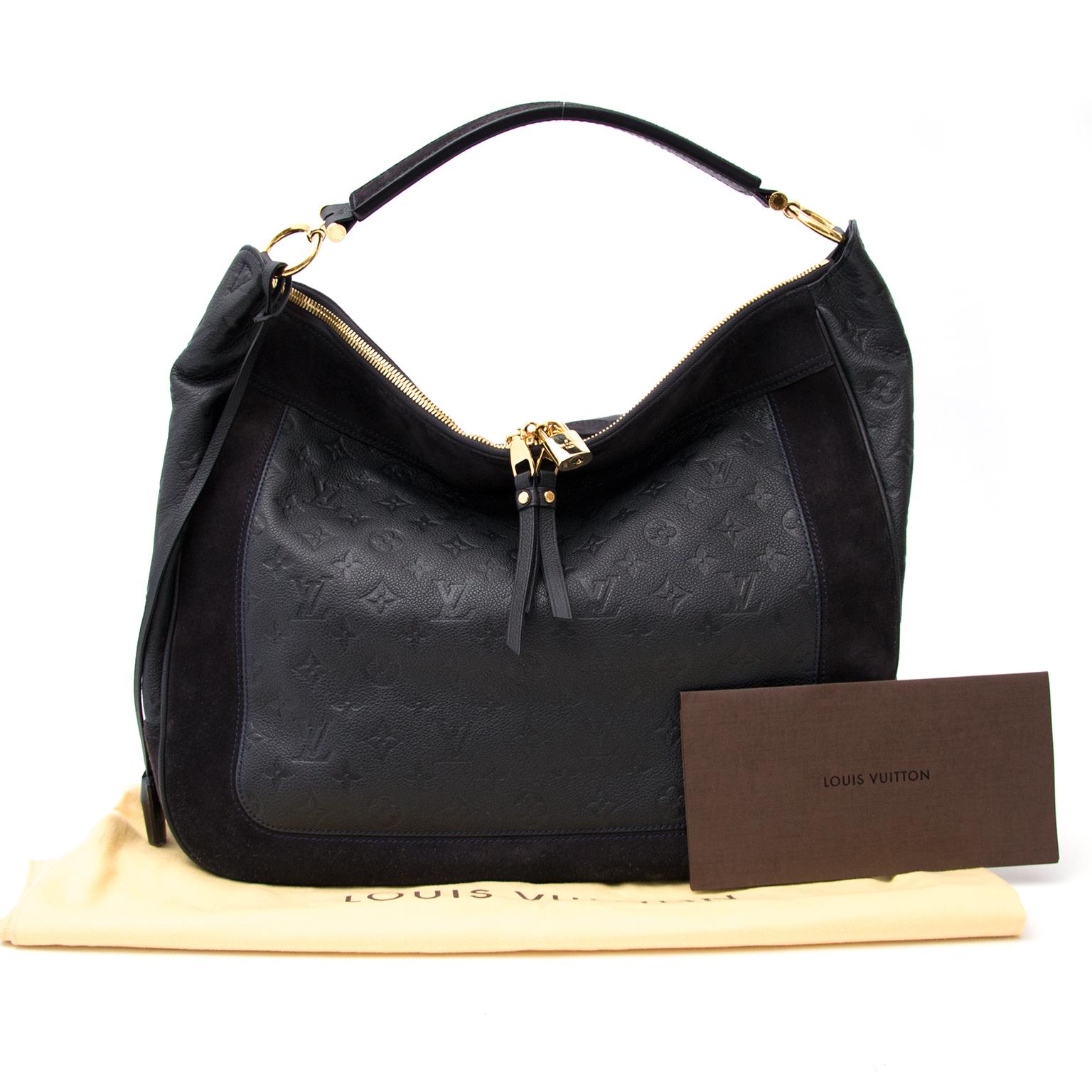 Koop nu veilig een echte Louis Vuitton Audacieuse tas aan de beste prijs.