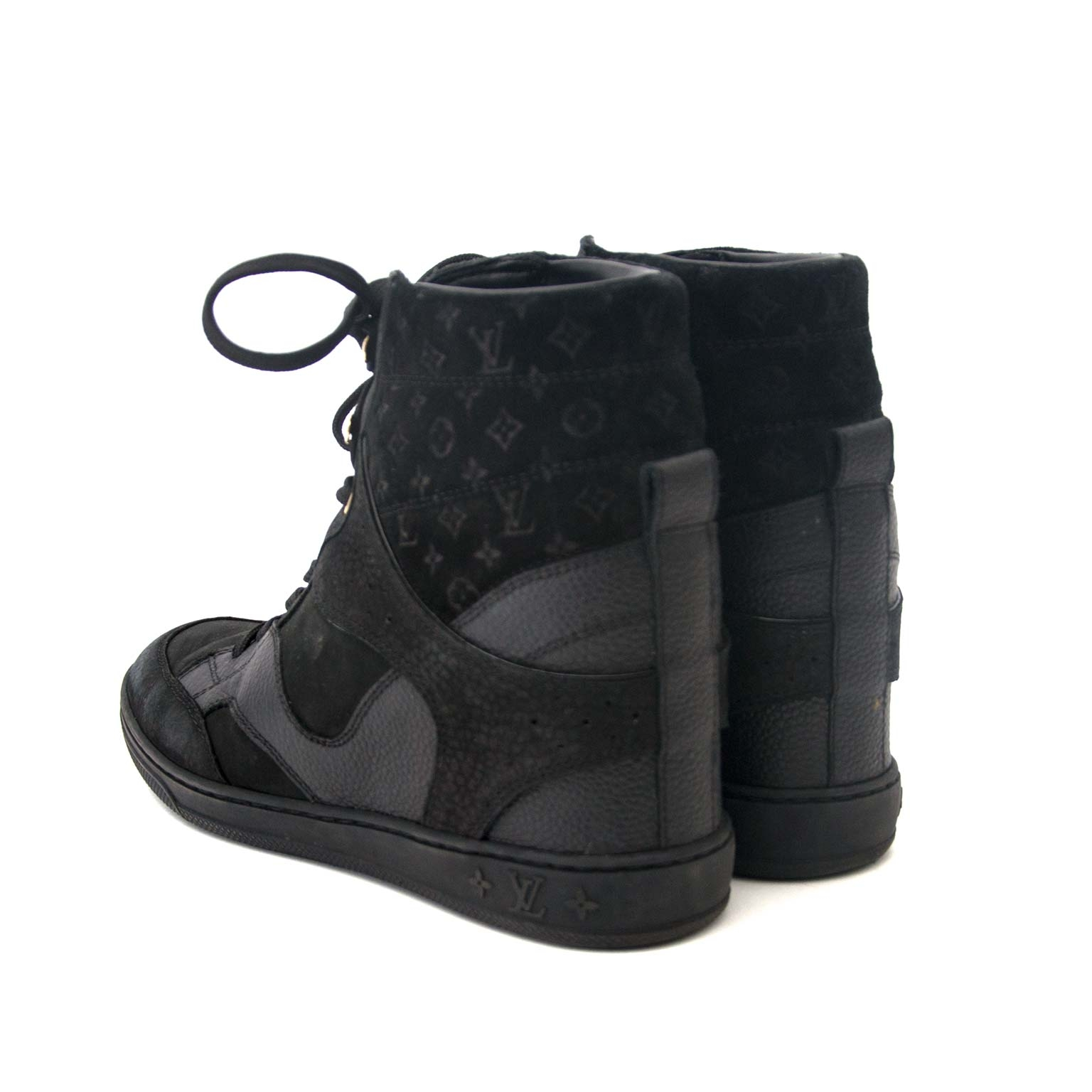 Louis Vuitton Black Cliff Top Wedge Sneakers - Size 36,5 Buy authentic designer Louis Vuitton  secondhand shoes at Labellov at the best price. Safe and secure shopping. Koop tweedehands authentieke Louis Vuitton schoenen bij designer webwinkel labellov.