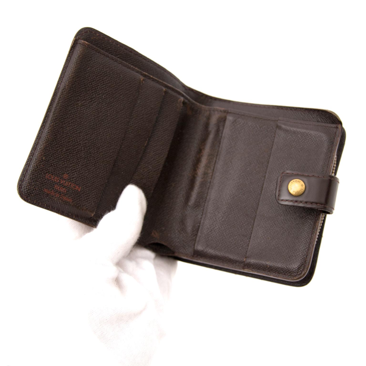 Koop een tweedehands Louis Vuitton Damier Wallet online
