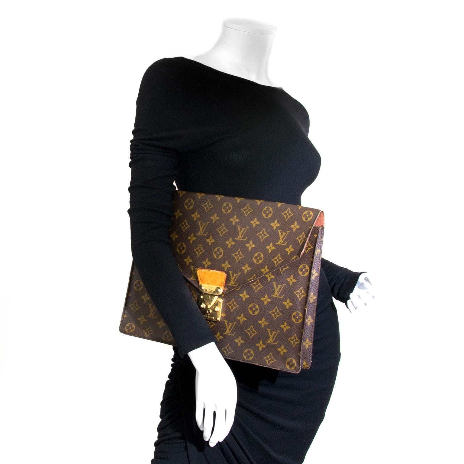 b4d95b3a39004 ... Louis Vuitton Monogram Document Holder now for sale at labellov vintage  fashion webshop belgium