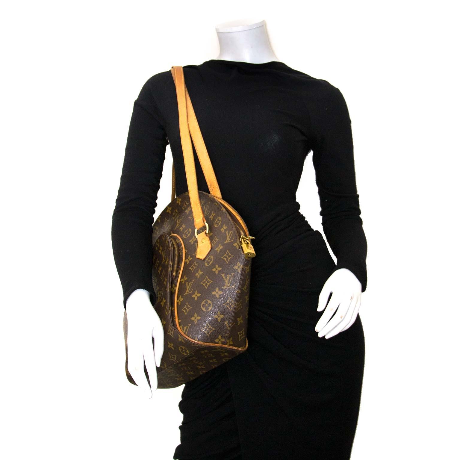 acheter en ligne chez labellov.com pour le meilleur prix Louis Vuitton Monogram Ellipse Shoulder Bag