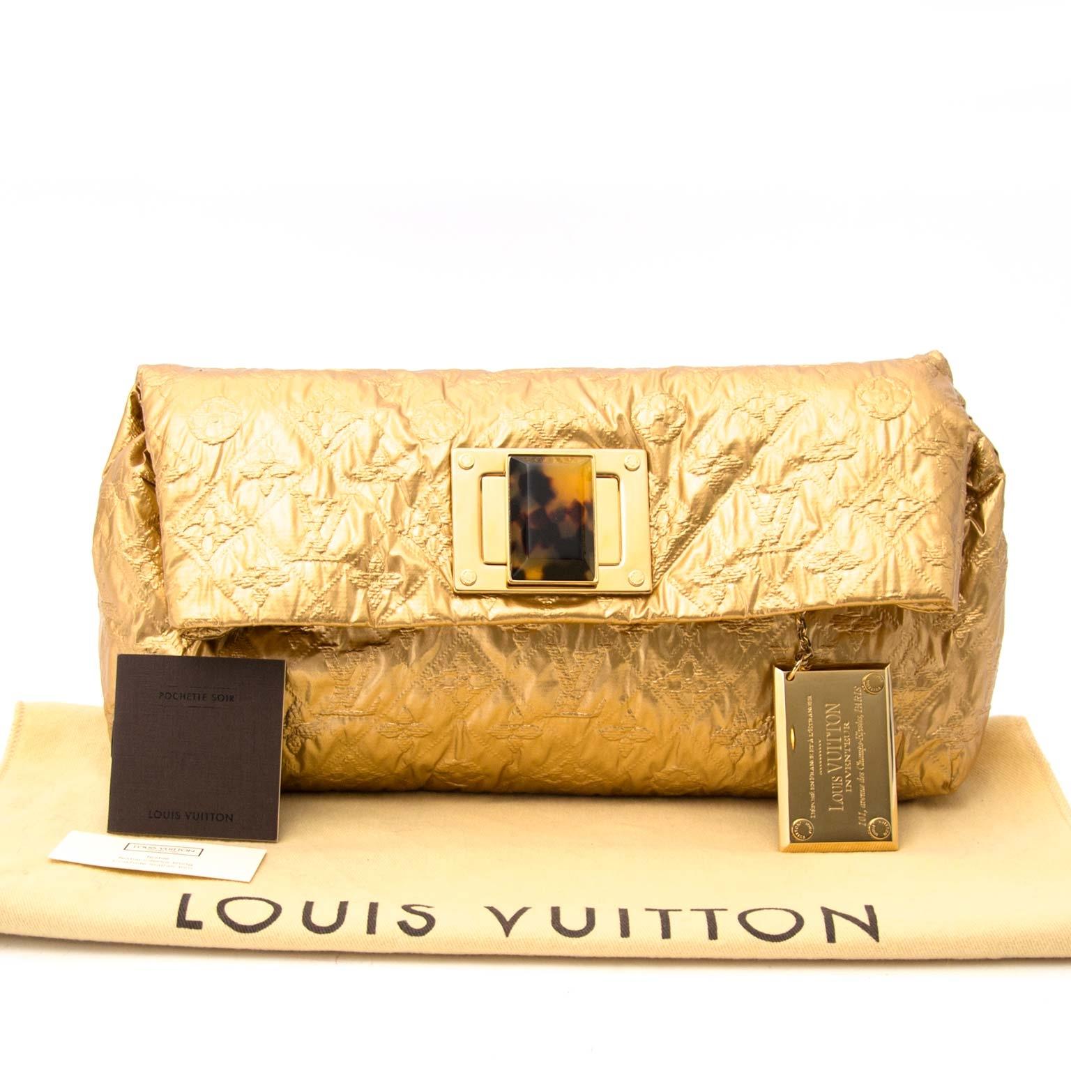 koop veilig online tegen de beste prijs Louis Vuitton Clutch Altair