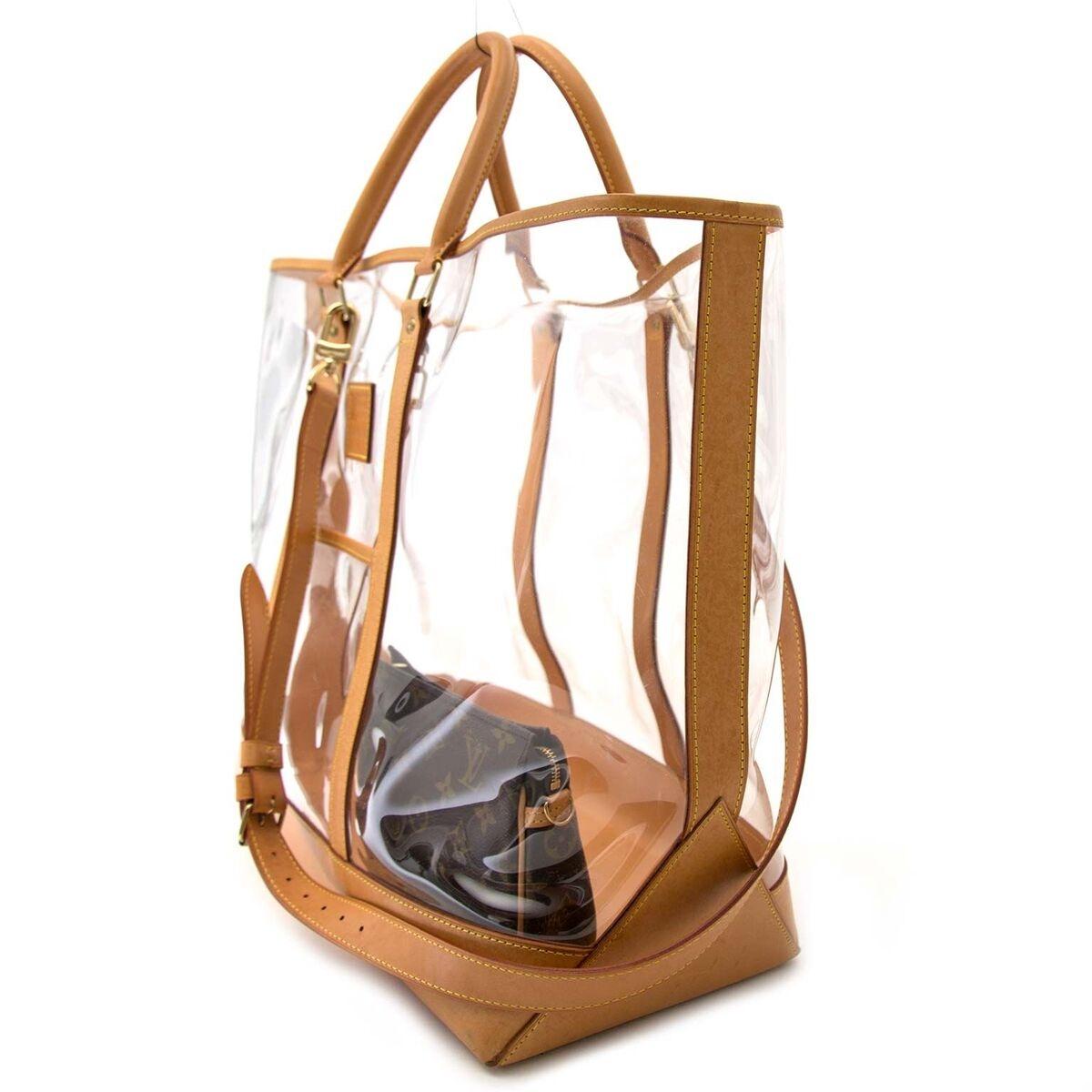 Achetez un authentique Louis Vuitton Limited Edition Isaac Mizrahi Vinyl x cuir sac à main en pour le bon prix chez LabelLOV.