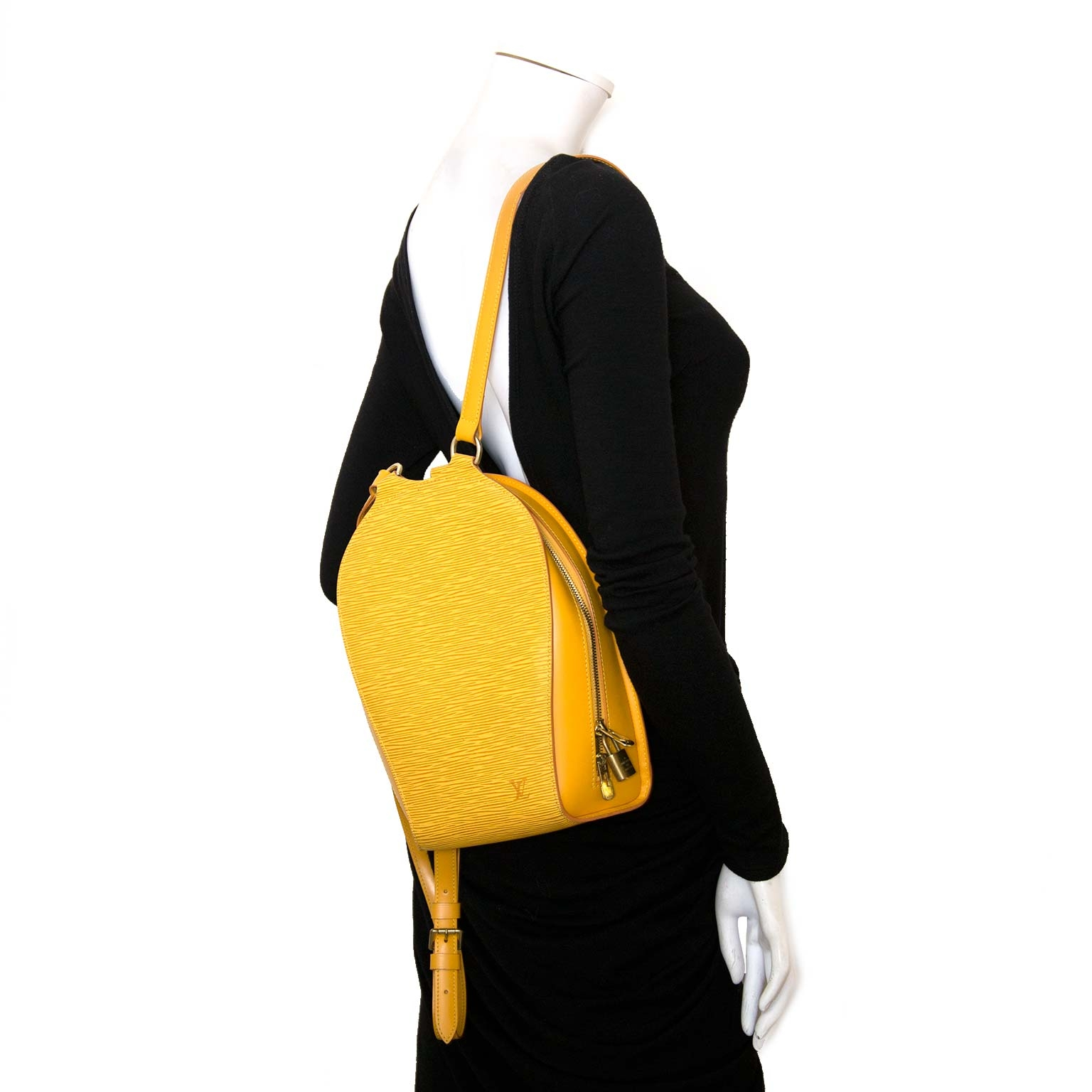 Authentic Louis Vuitton Mabillon backpack now online at Labellov vintage webshop