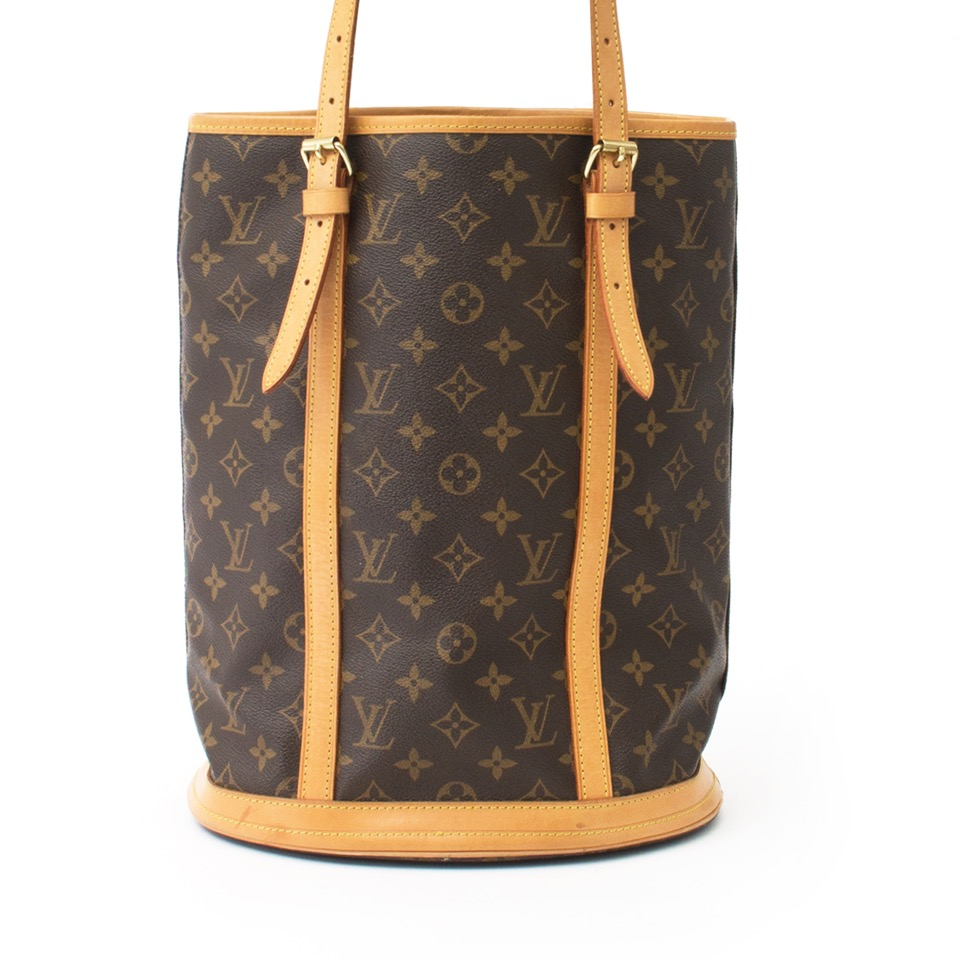 ... Buy authentic Louis vuitton bucket at the right price at LabelLOV  vintage webshop. Luxe, 29093f3c7f7