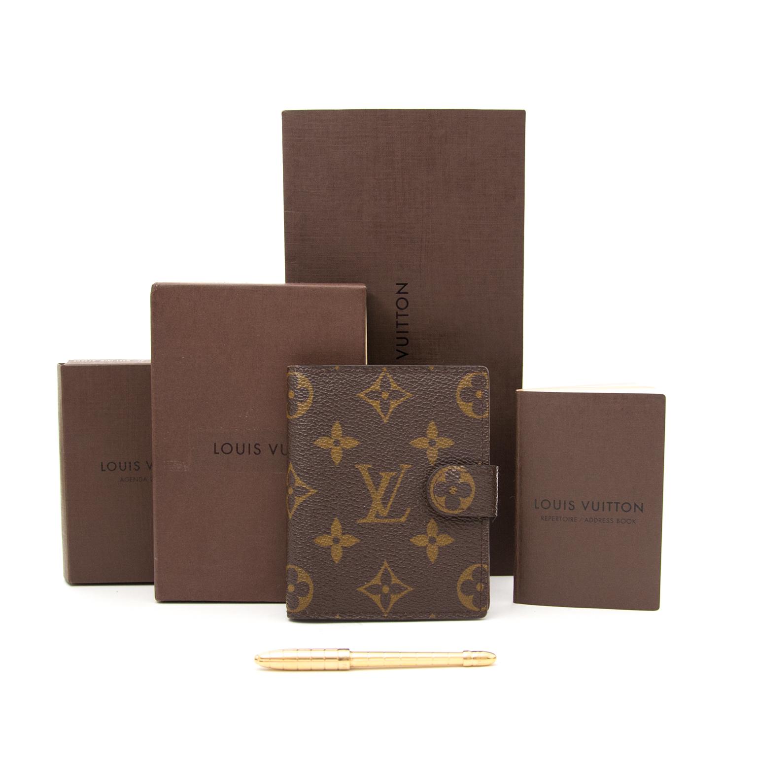 Louis Vuitton Agenda+ adres boek + pen nu online bij labellov.com voor de beste prijs
