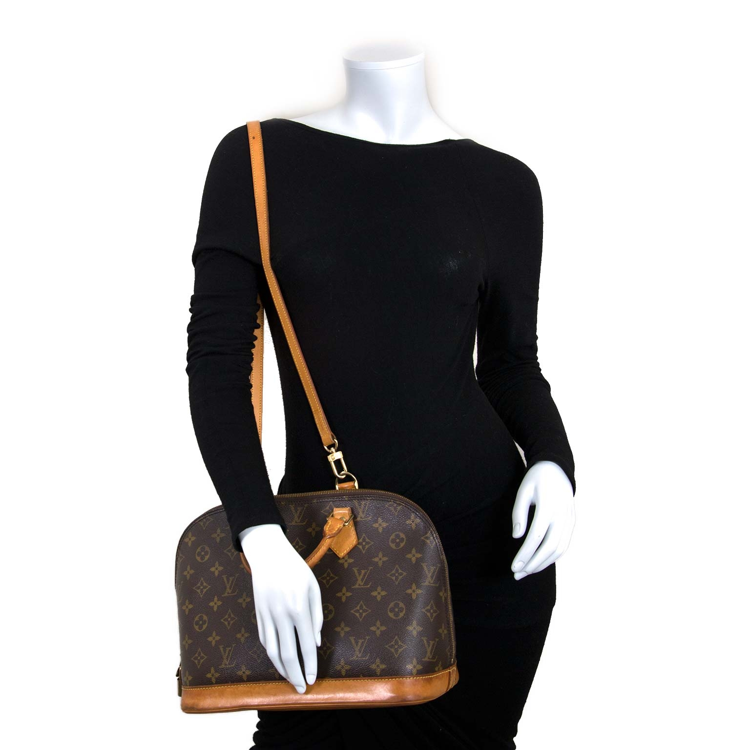 1ef765c4880a ... louis vuitton monogram alma pm bag now for sale at labellov vintage  fashion webshop belgium