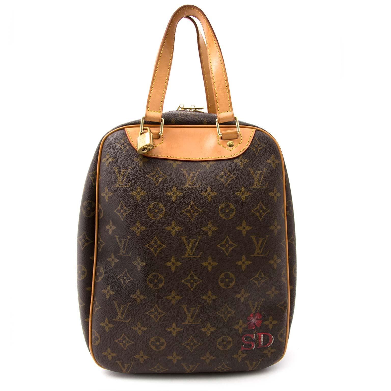 Koop en verkoop uw authentieke Louis Vuitton Monogram Excursion Top Handle Bag