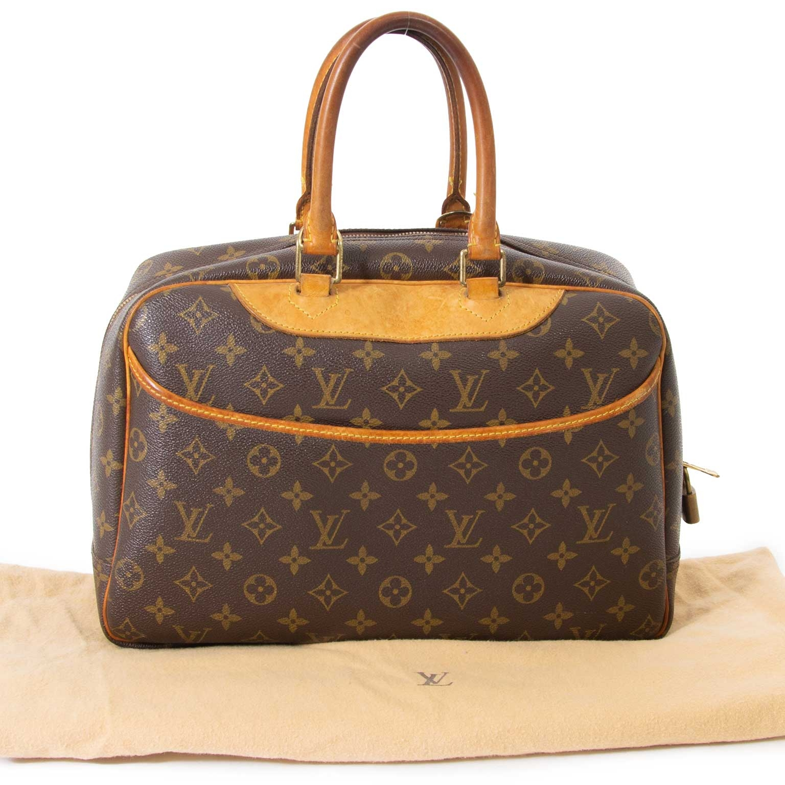 skip the waitinglist shop your designer bag for less online Louis Vuitton Monogram Deauville