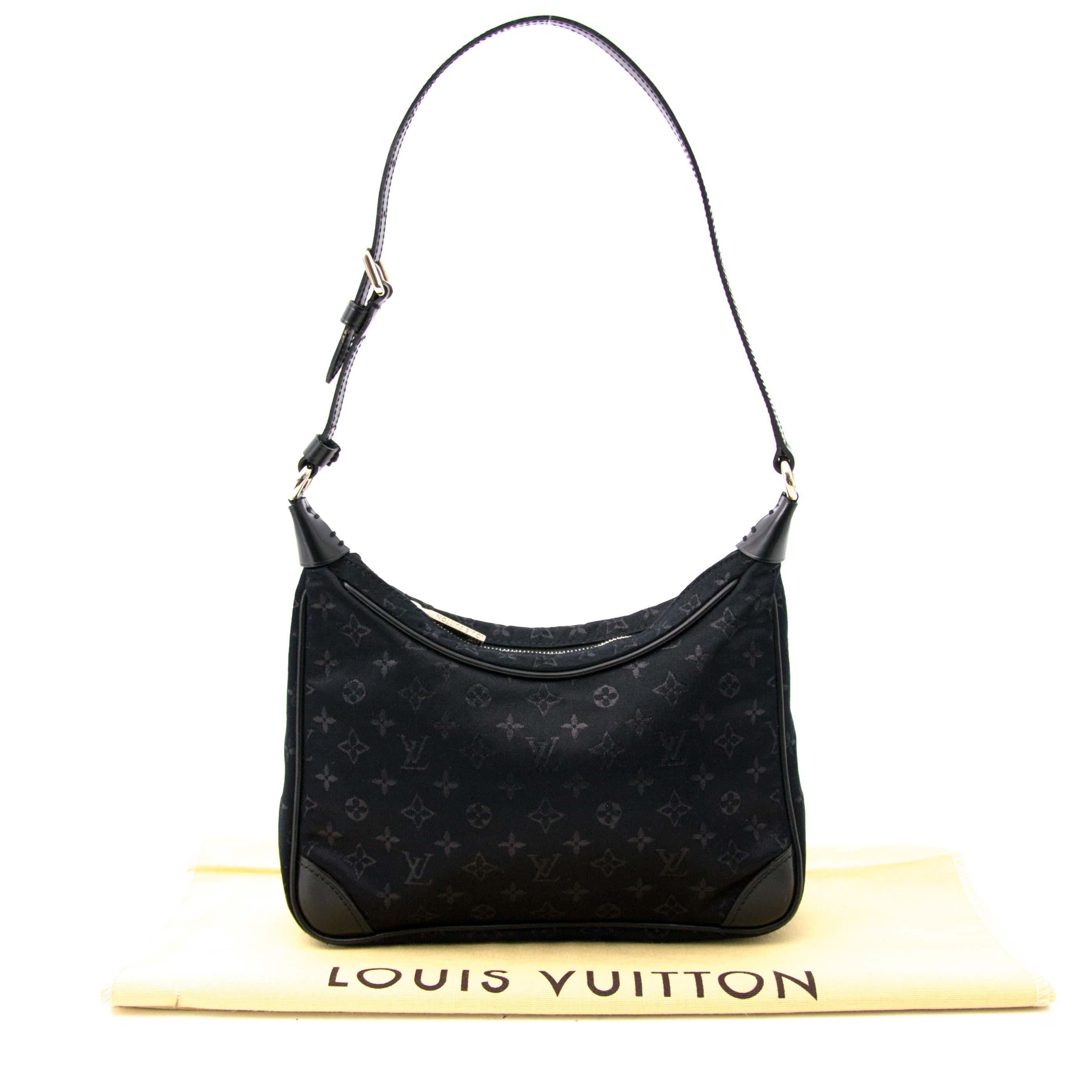 efe9e0580748 ... Koop en verkoop uw authentieke Louis Vuitton Monogram Black Satin Mini  Boulogne aan de beste prijs