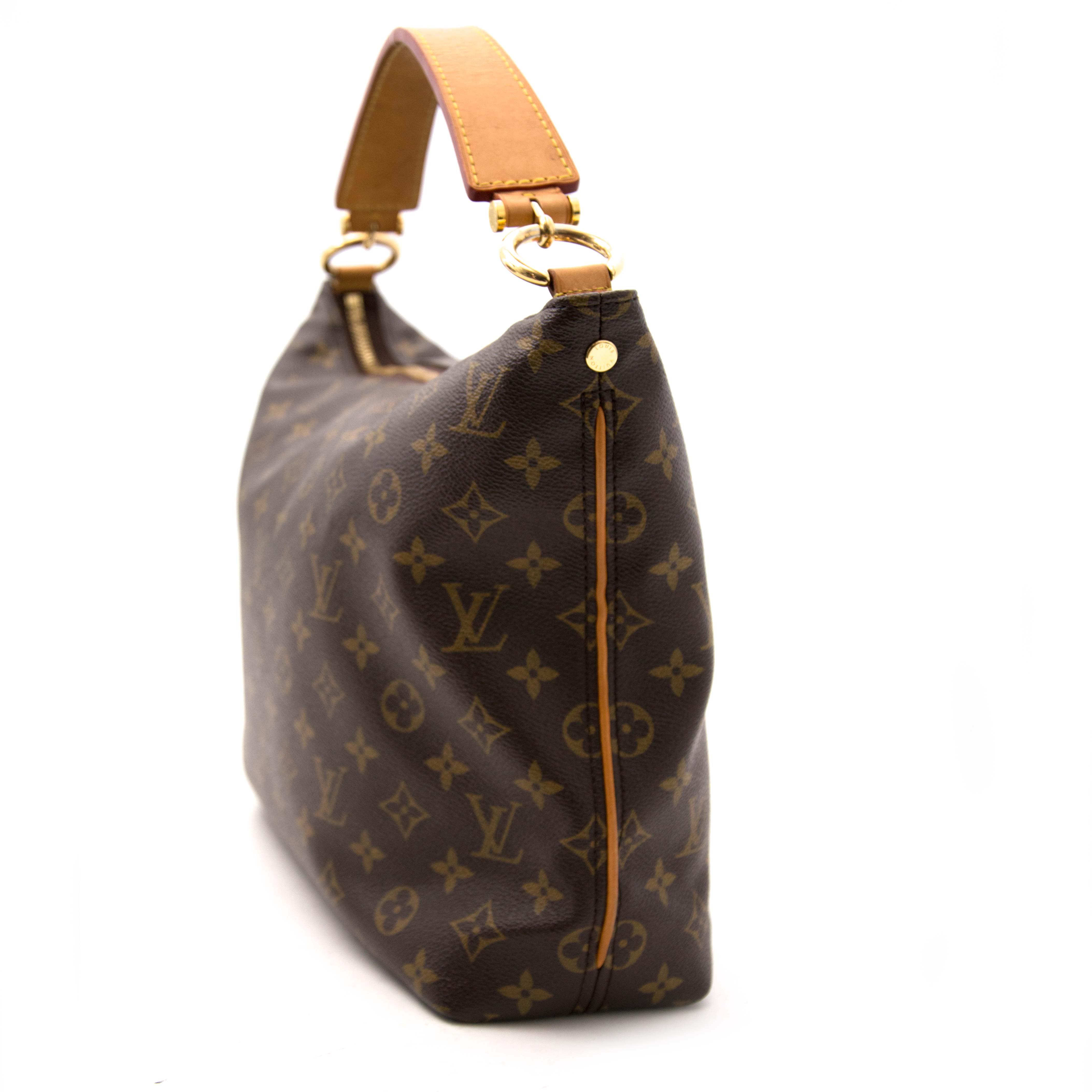 073e9a75d76c1 Labellov Buy safe Delvaux designer vintage online. Vind tweedehands ...