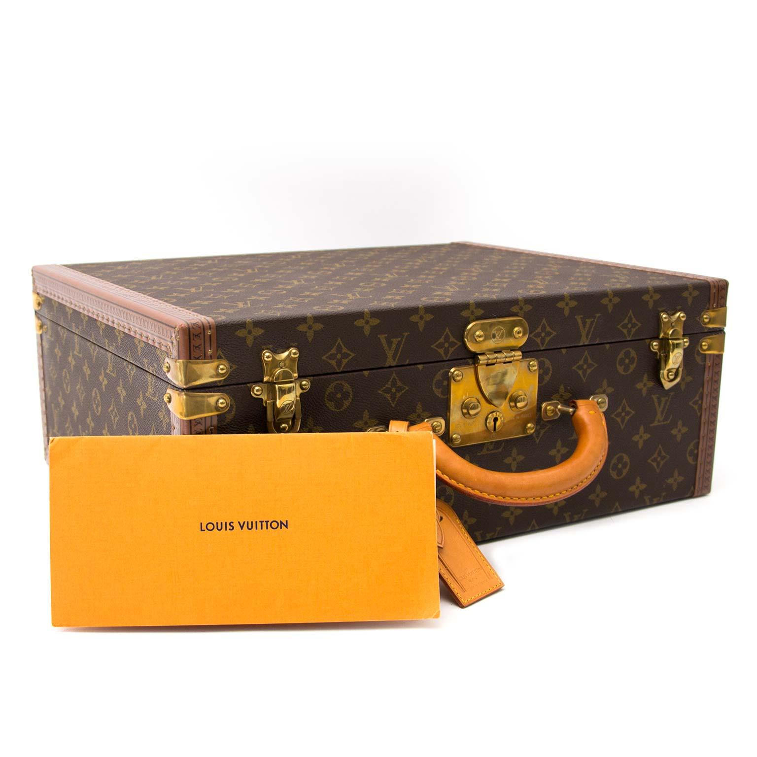 Koop uw authentieke Louis Vuitton Super President Monogram Briefcase aan de beste prijs bij Labellov